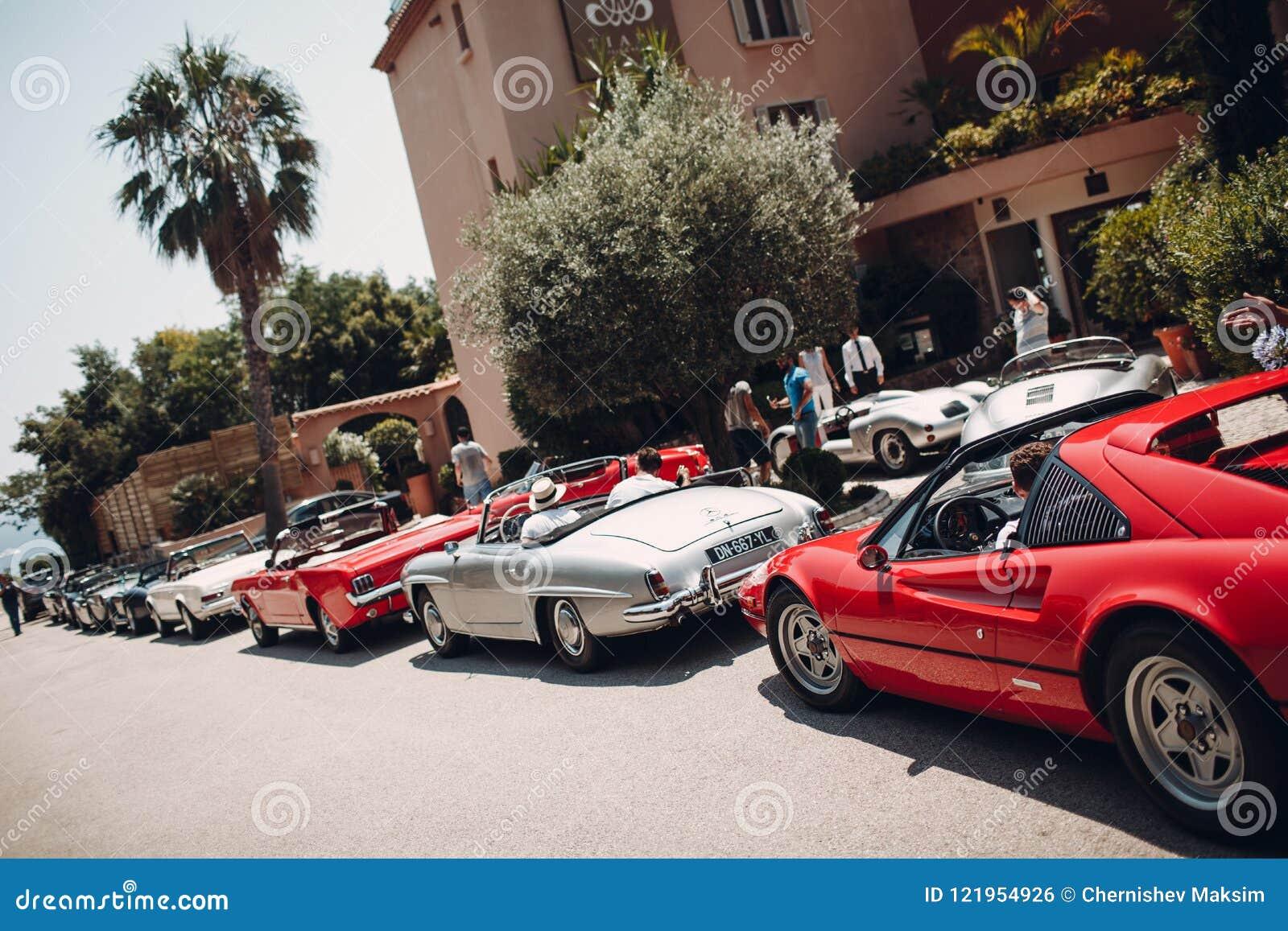 Ретро ралли автомобиля Французский riviera Славные - Канн - St Tropez