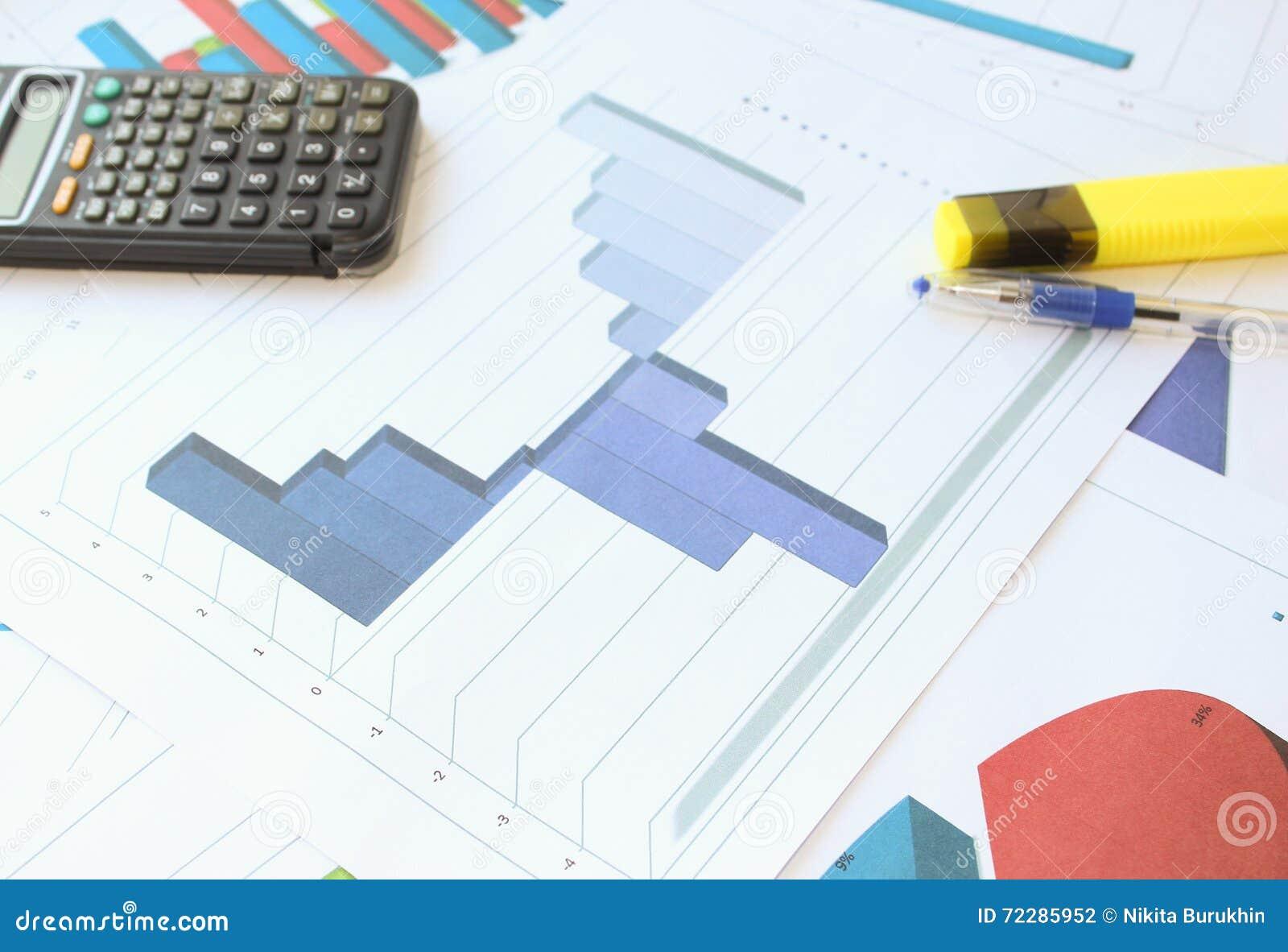 Download Рецессия, торможение и рост в гистограмме Стоковое Фото - изображение насчитывающей маркетинг, bookishly: 72285952