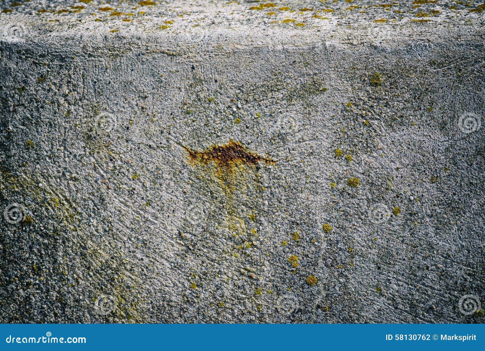 Ржавчина в бетоне формы для декоративного камня из бетона купить