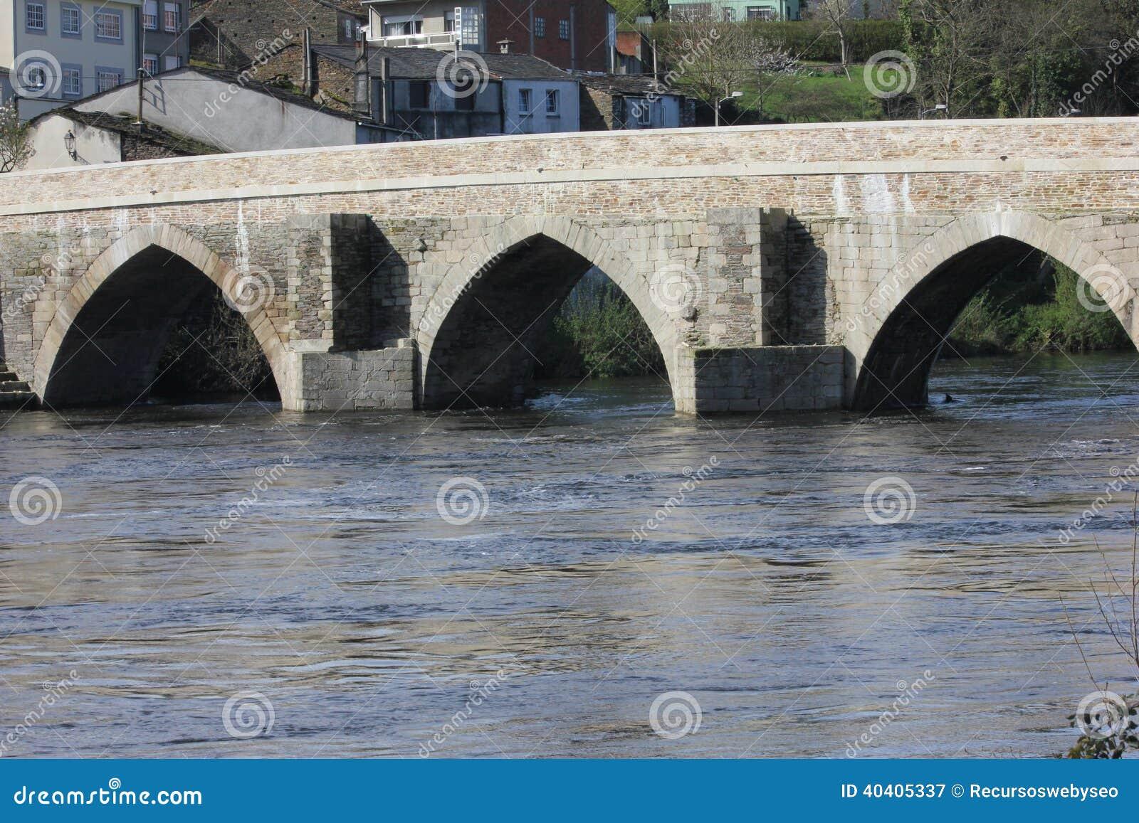 Римский мост в Луго Испании
