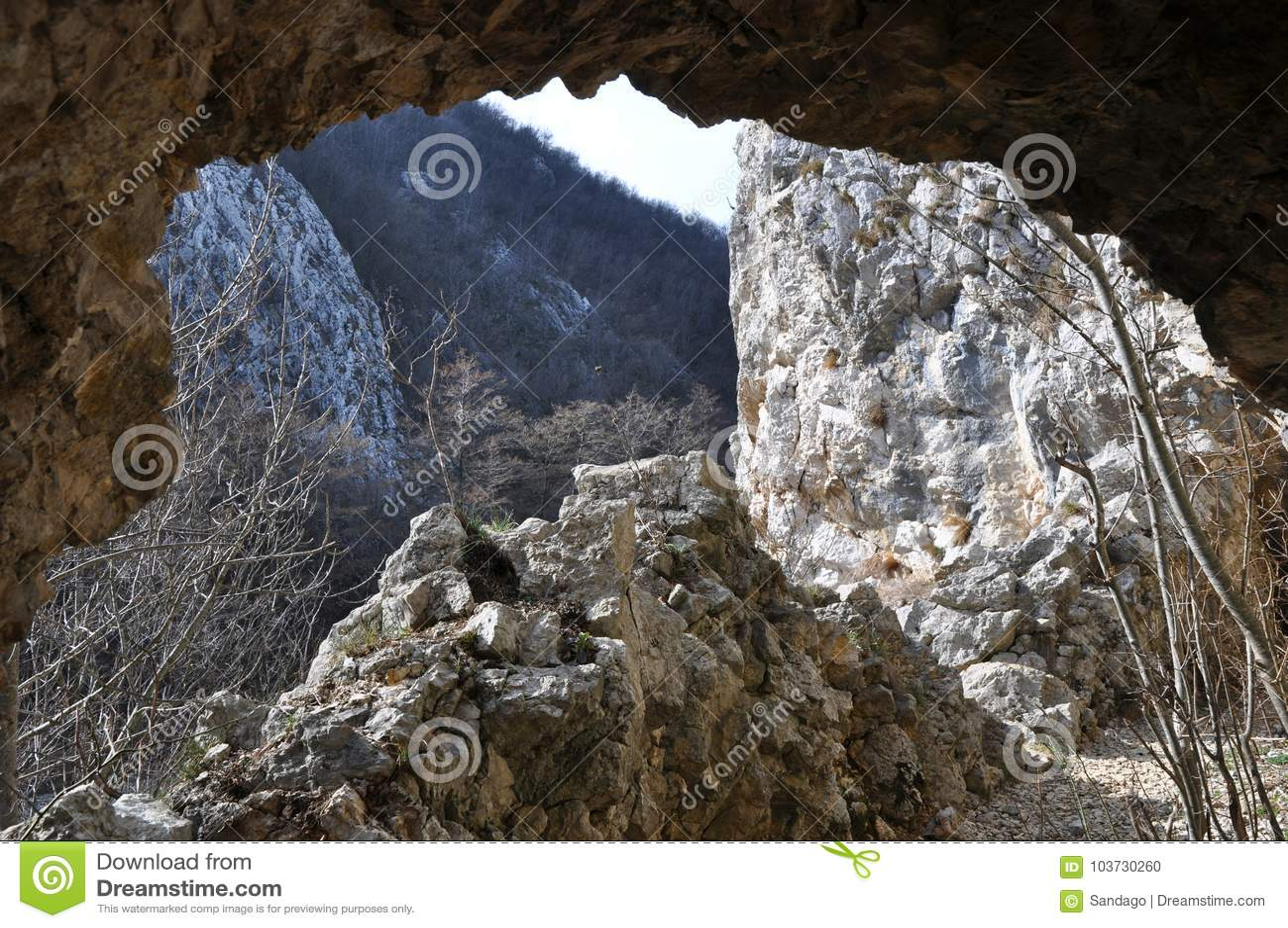 римский тоннель