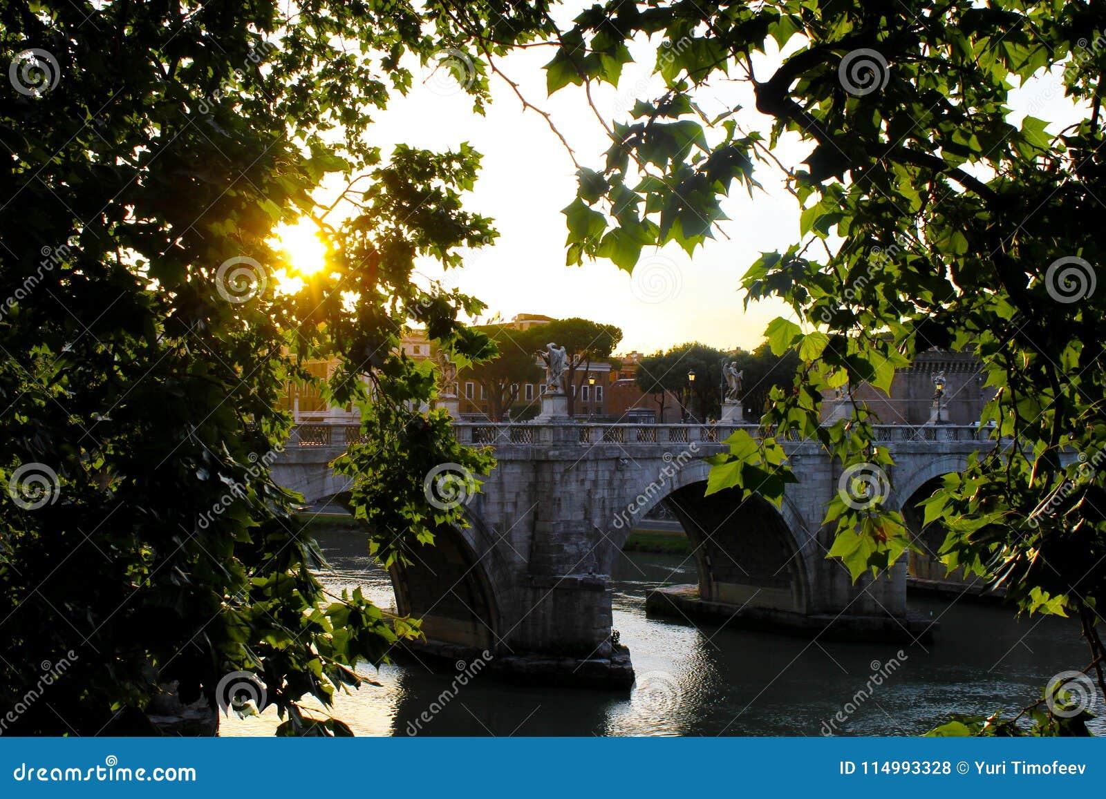 Рим, заход солнца ангела Святого замка