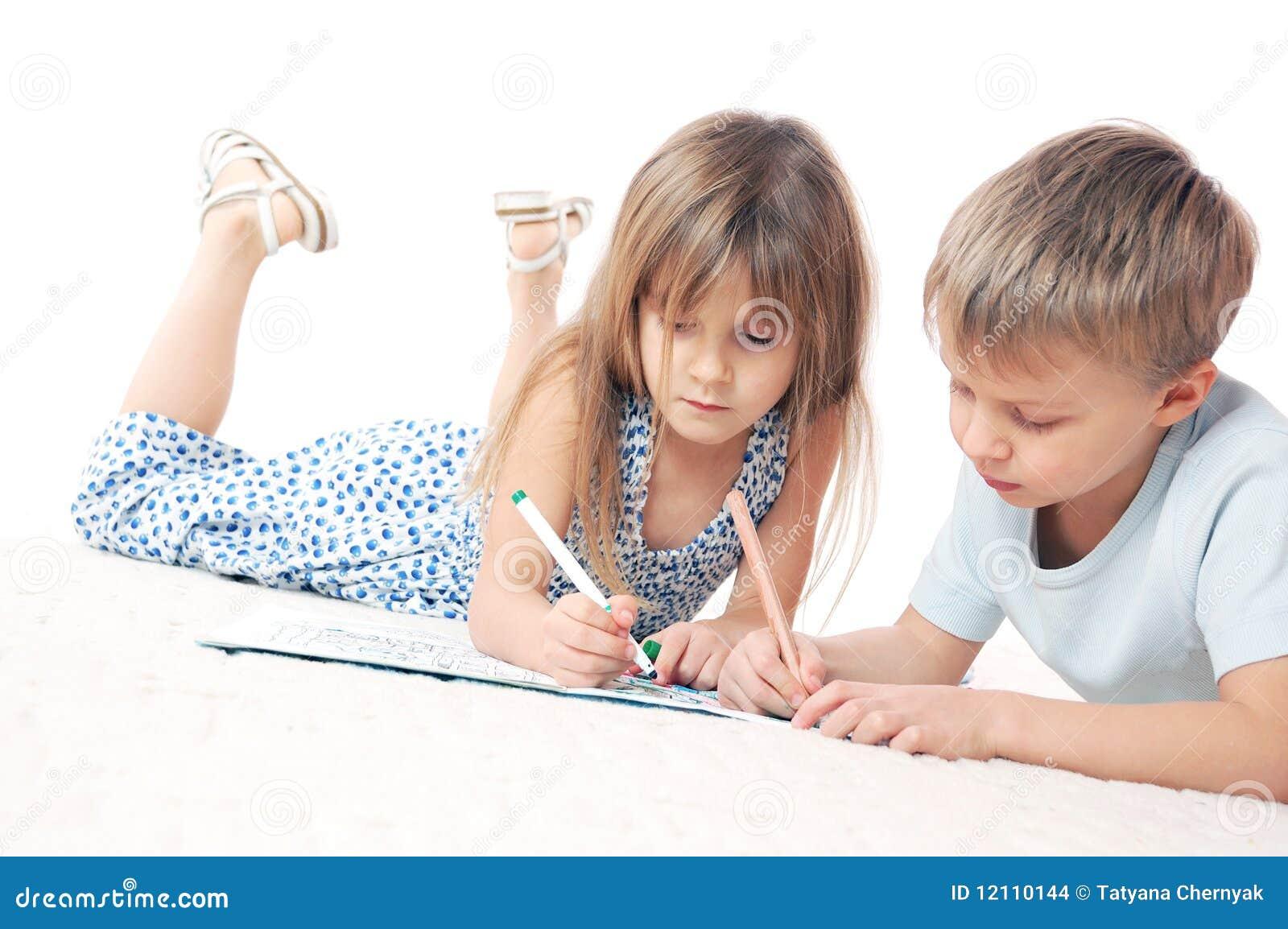рисовать детей