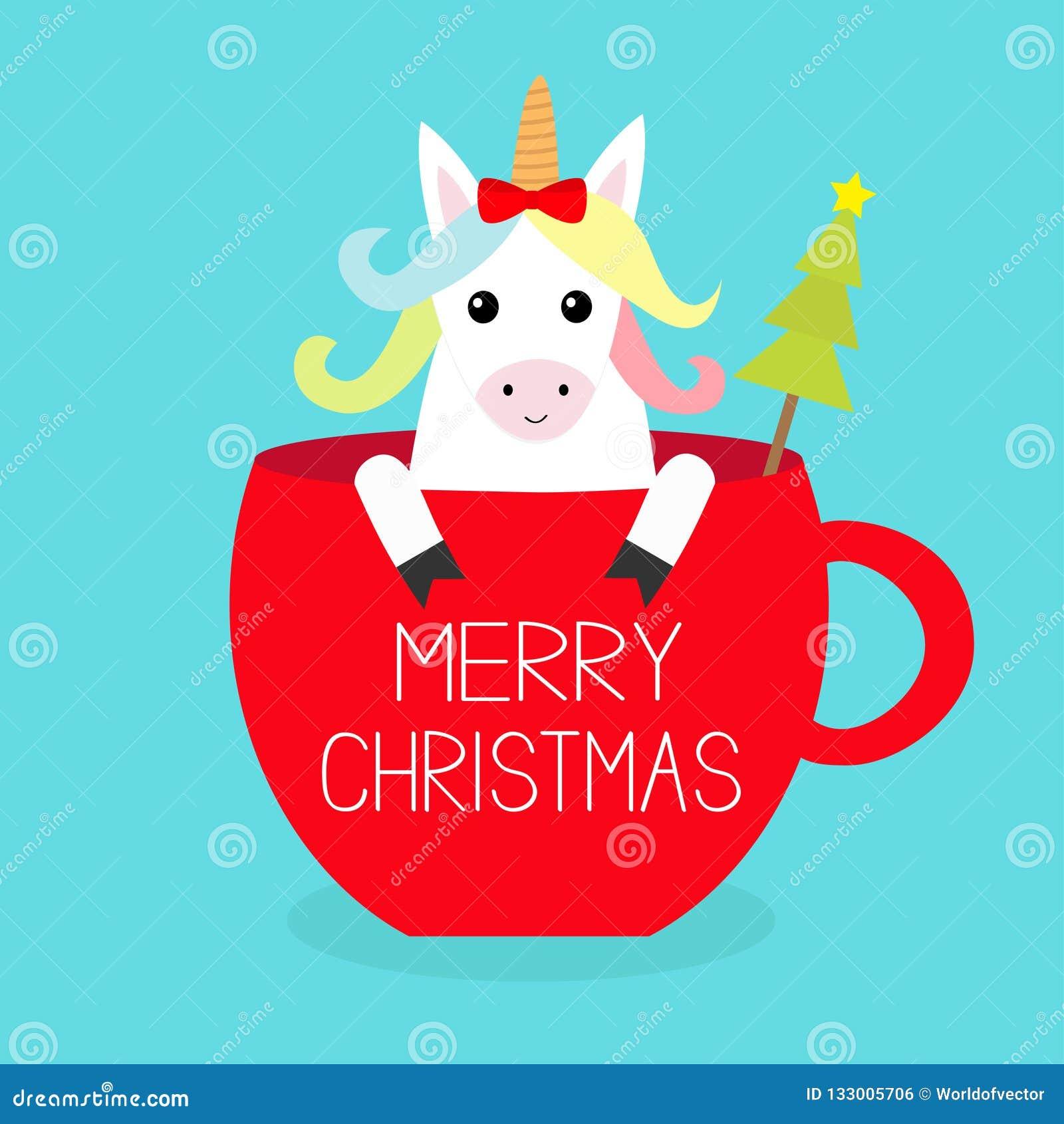 рождество веселое Лошадь единорога сидя в красном чашка кофейной чашки изолированная елью белизна вала обхватывайте красный цвет