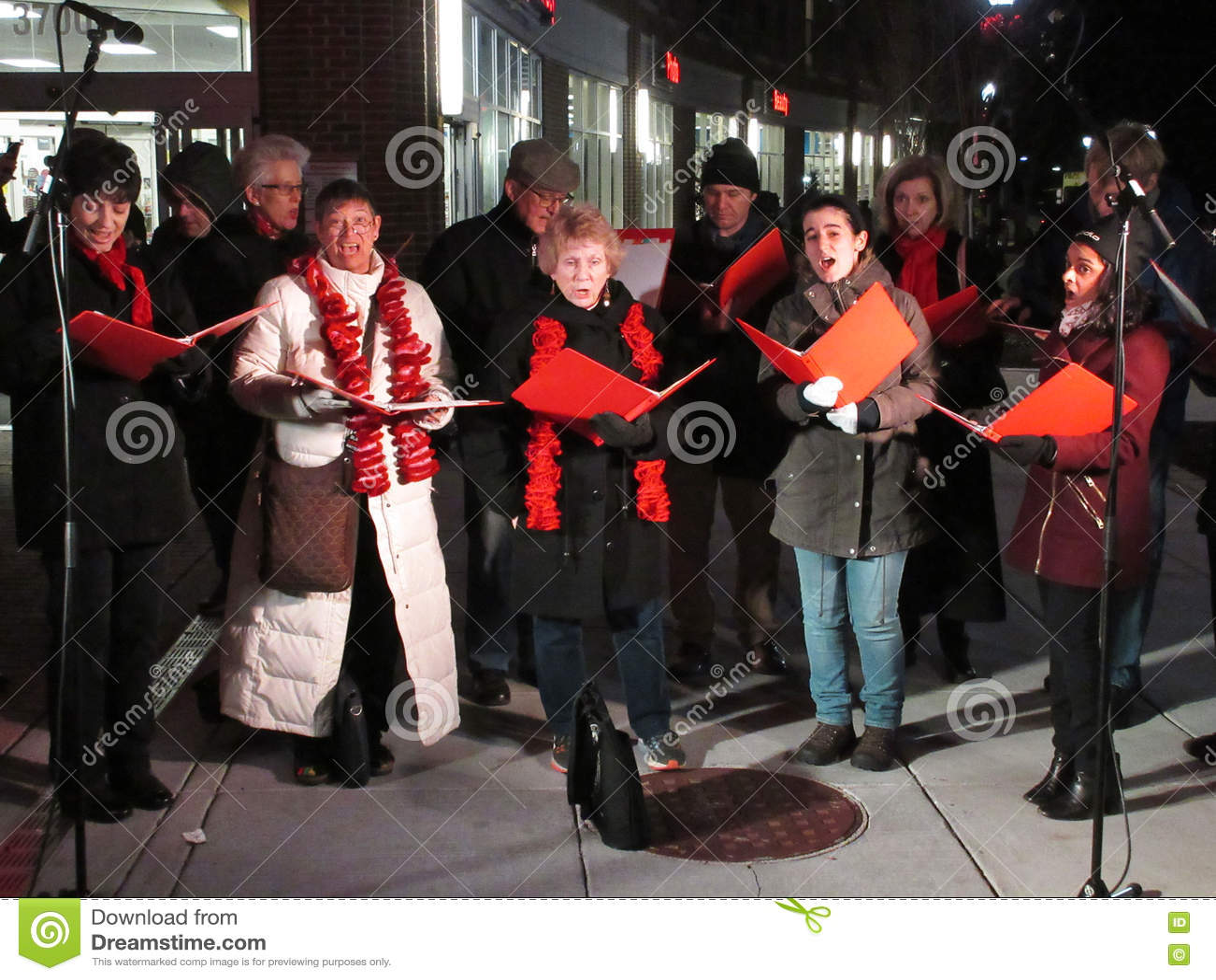Рождественские гимны рождества в DC Вашингтона
