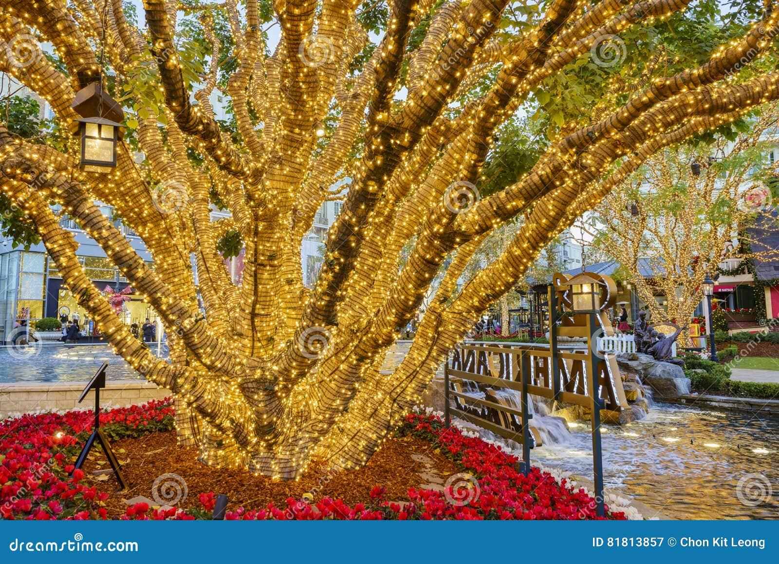 Рождество на торговом центре, Galleria Glendale