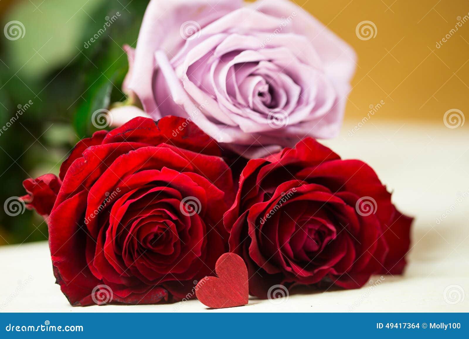 Розы с сердцем