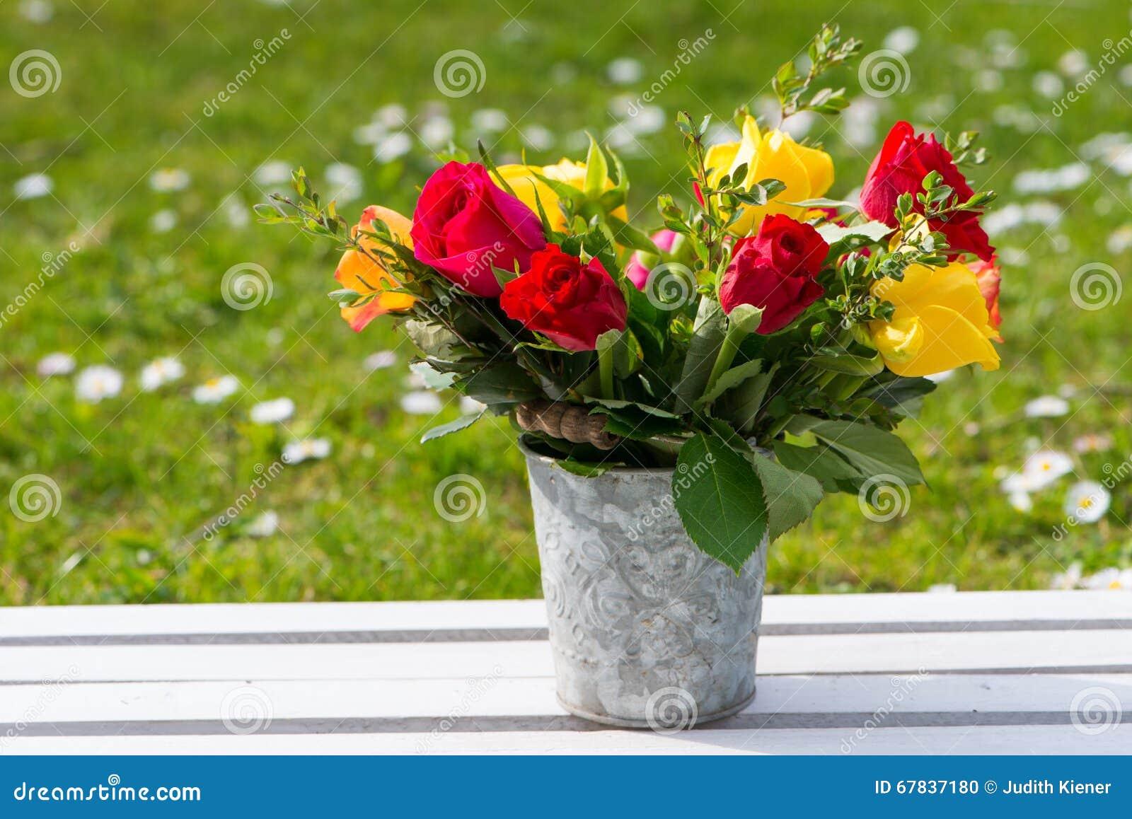Романтичный букет цветка