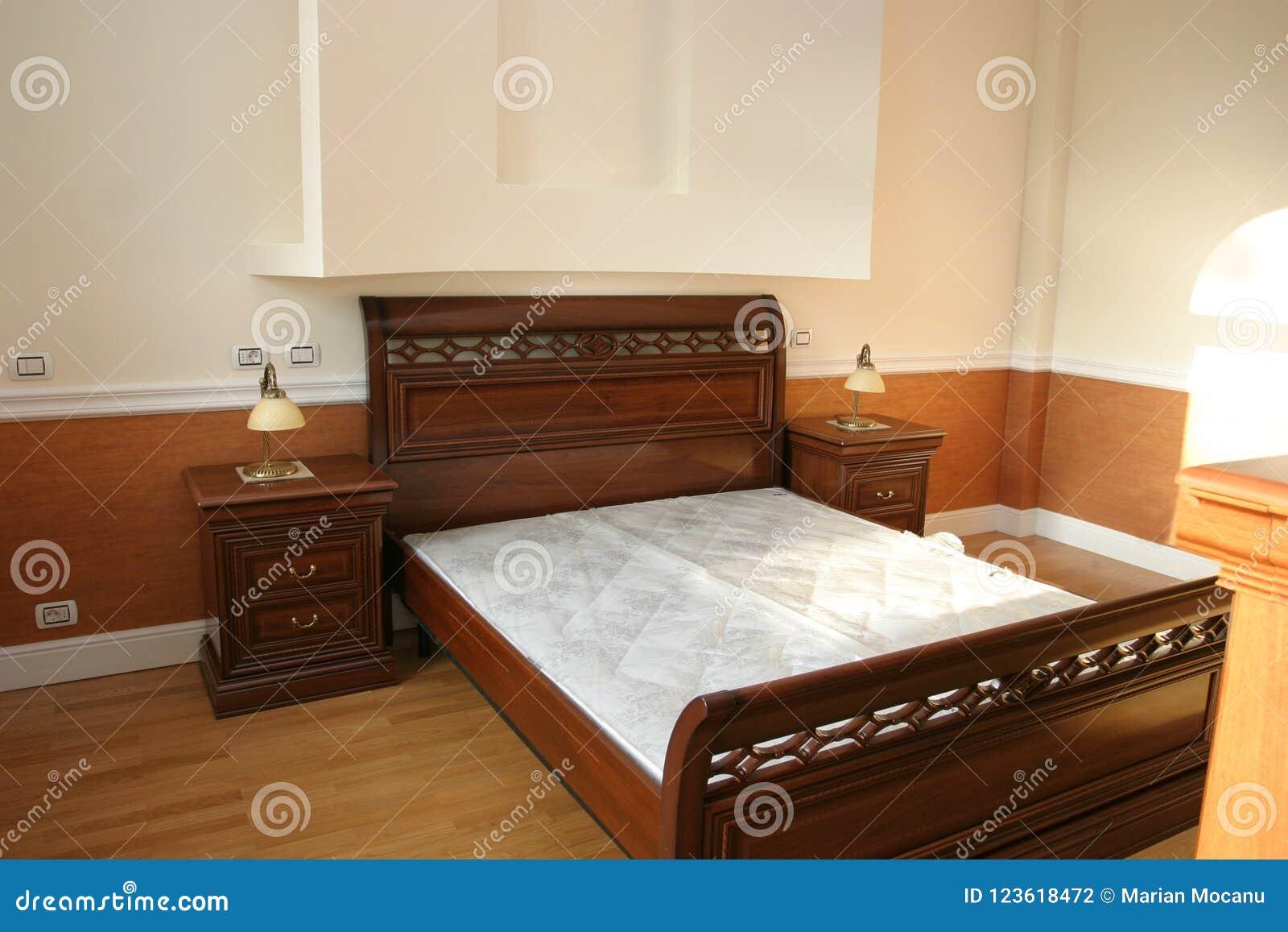Роскошная мебель старого стиля woth спальни