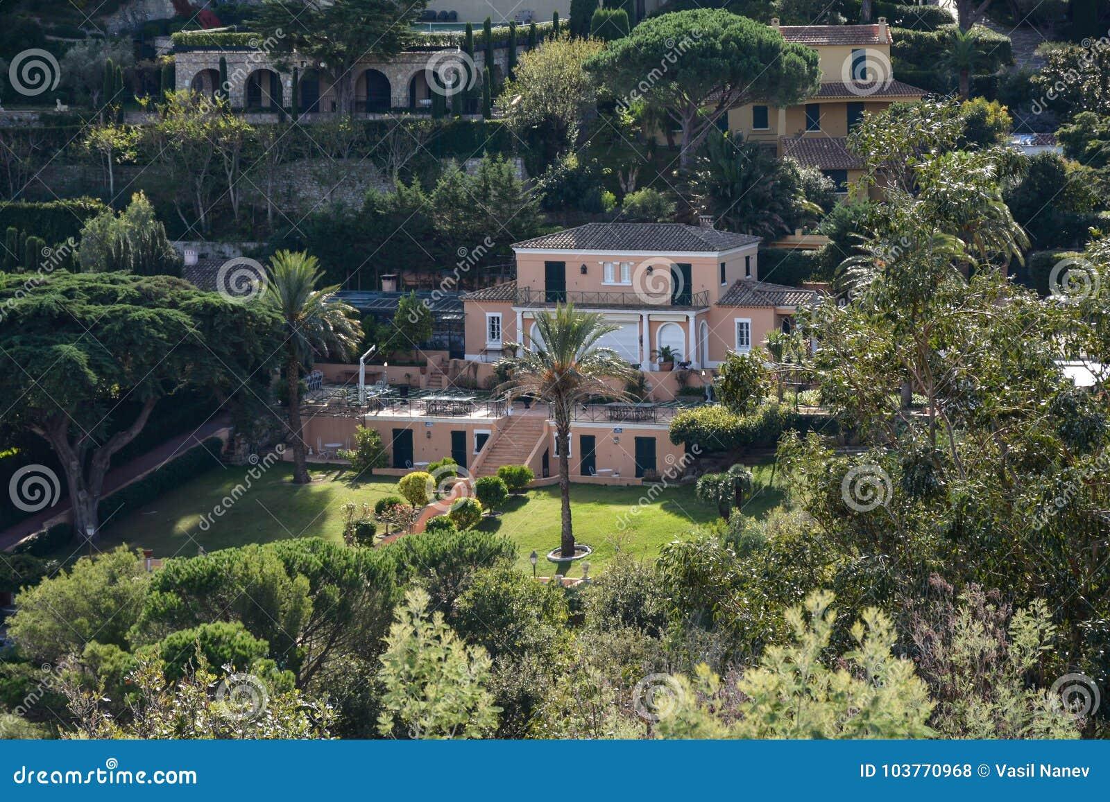Роскошный дом в St Tropez