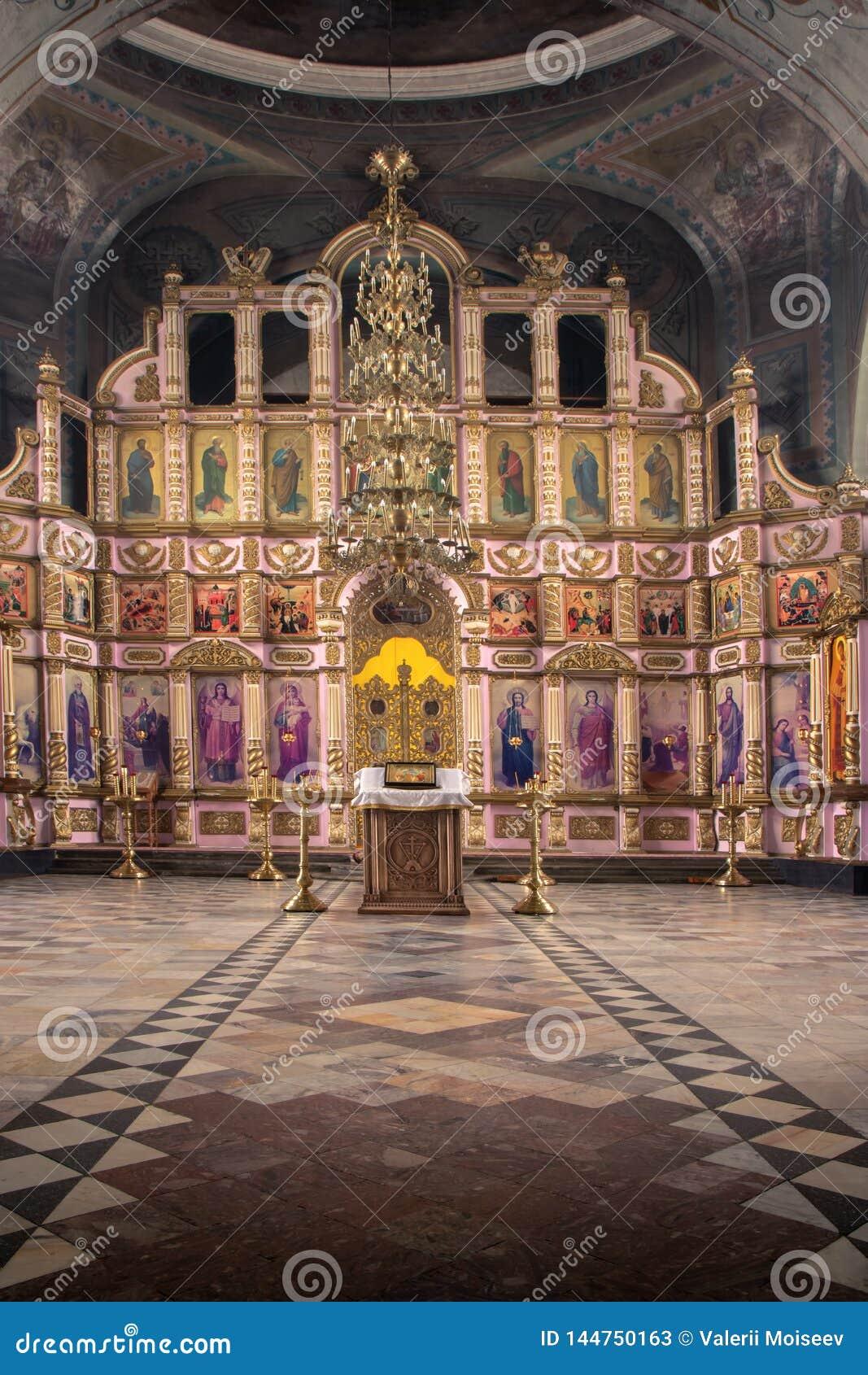 Россия, Рязань 1-ое февраля 2019 - интерьер православной церков церков, ал