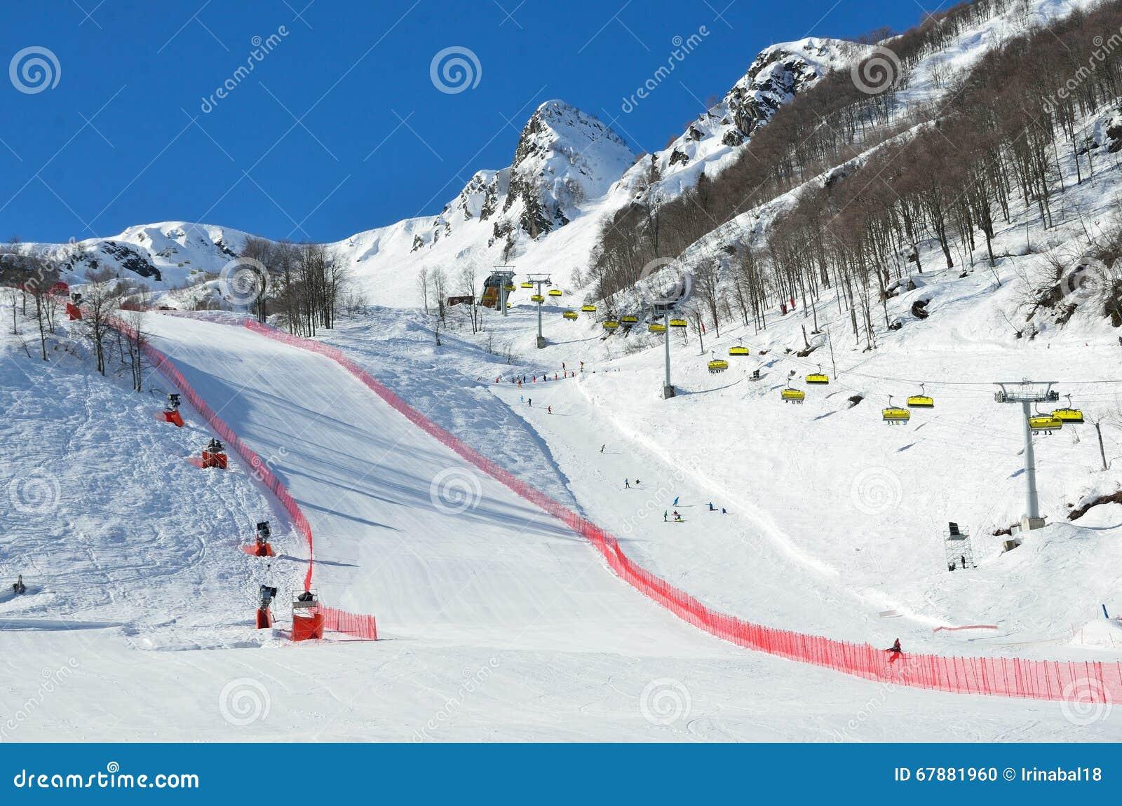 Россия, Сочи, наклоны лыжного курорта Розы Khutor