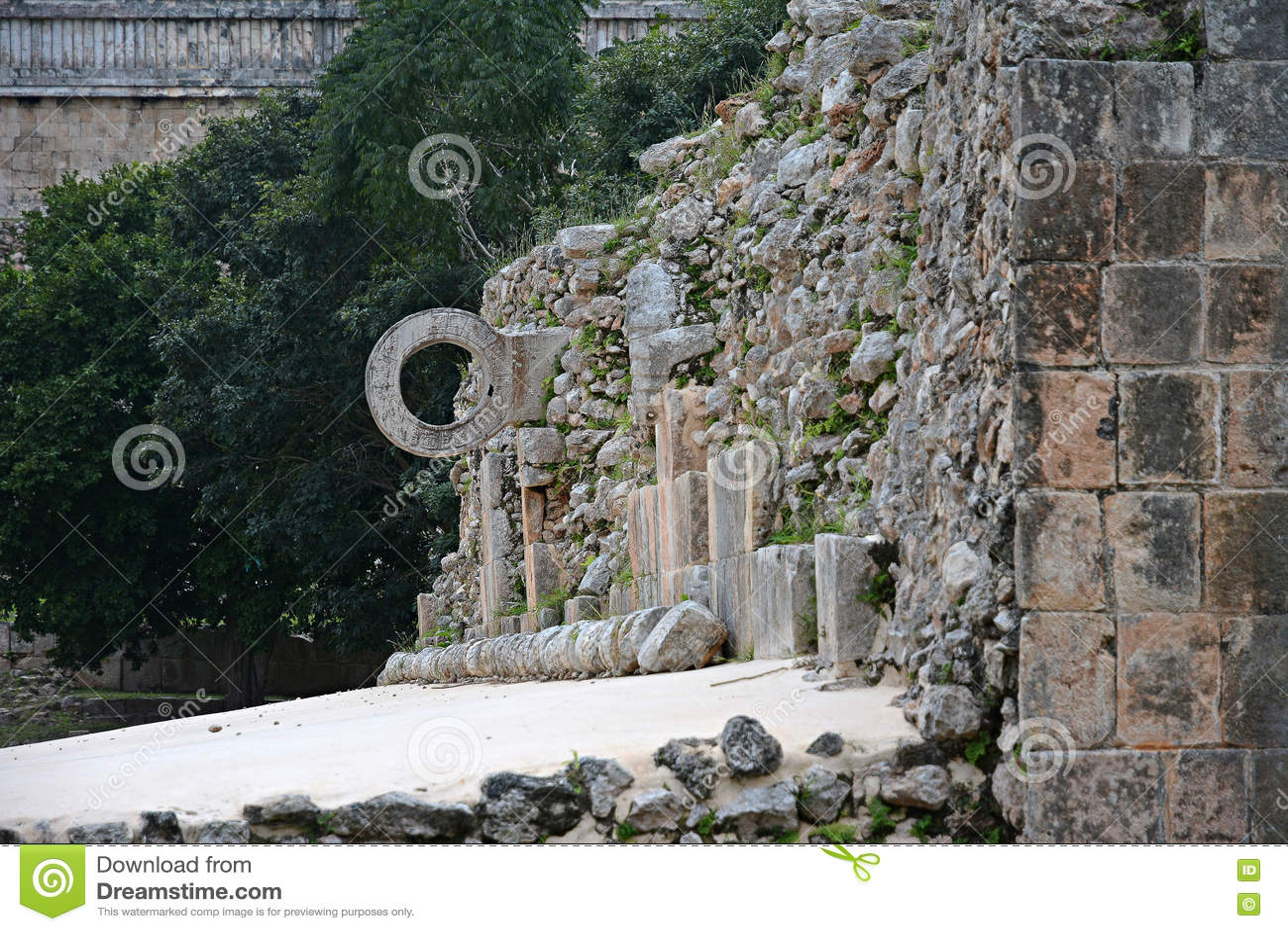Руины в старом майяском месте Uxmal, Мексике