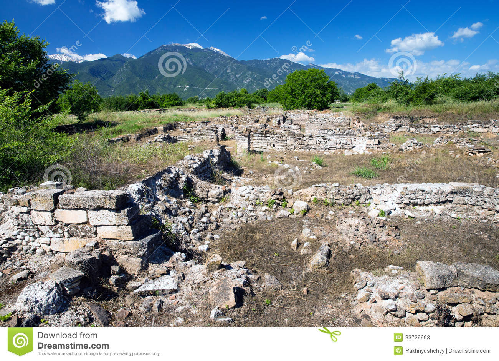 Руины в Dion, Греции.