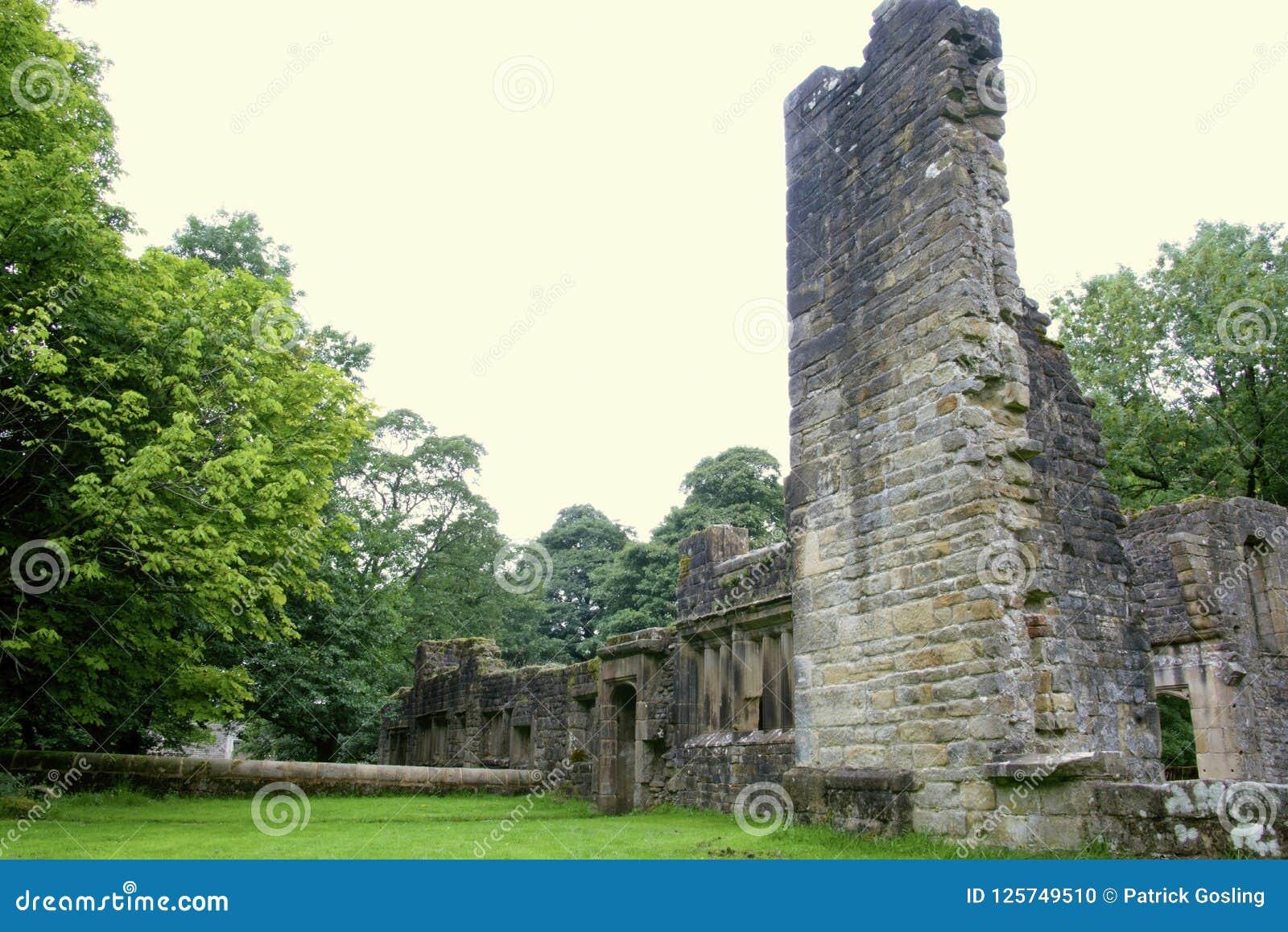 Руины залы Wycoller