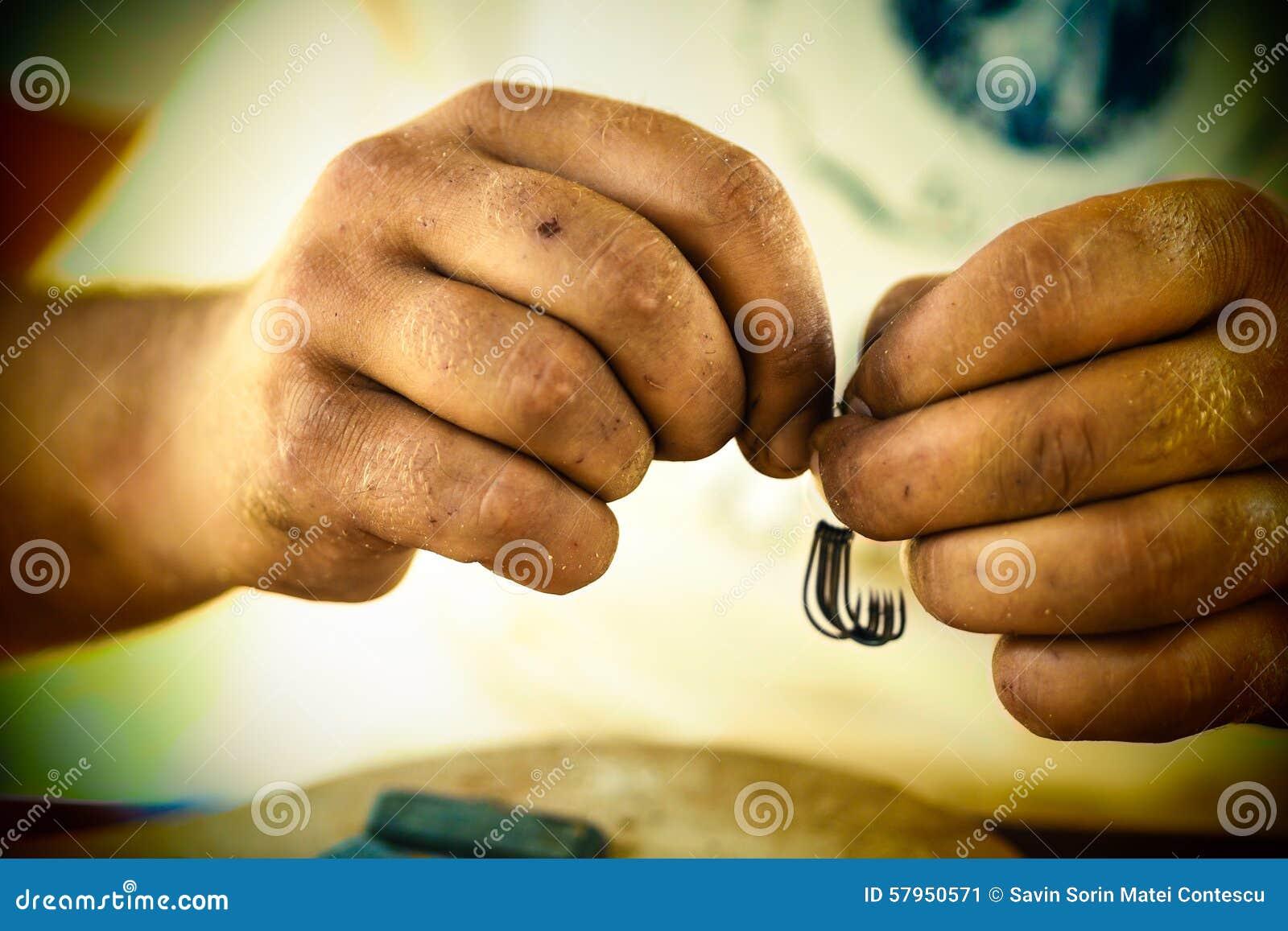 Руки рыболова