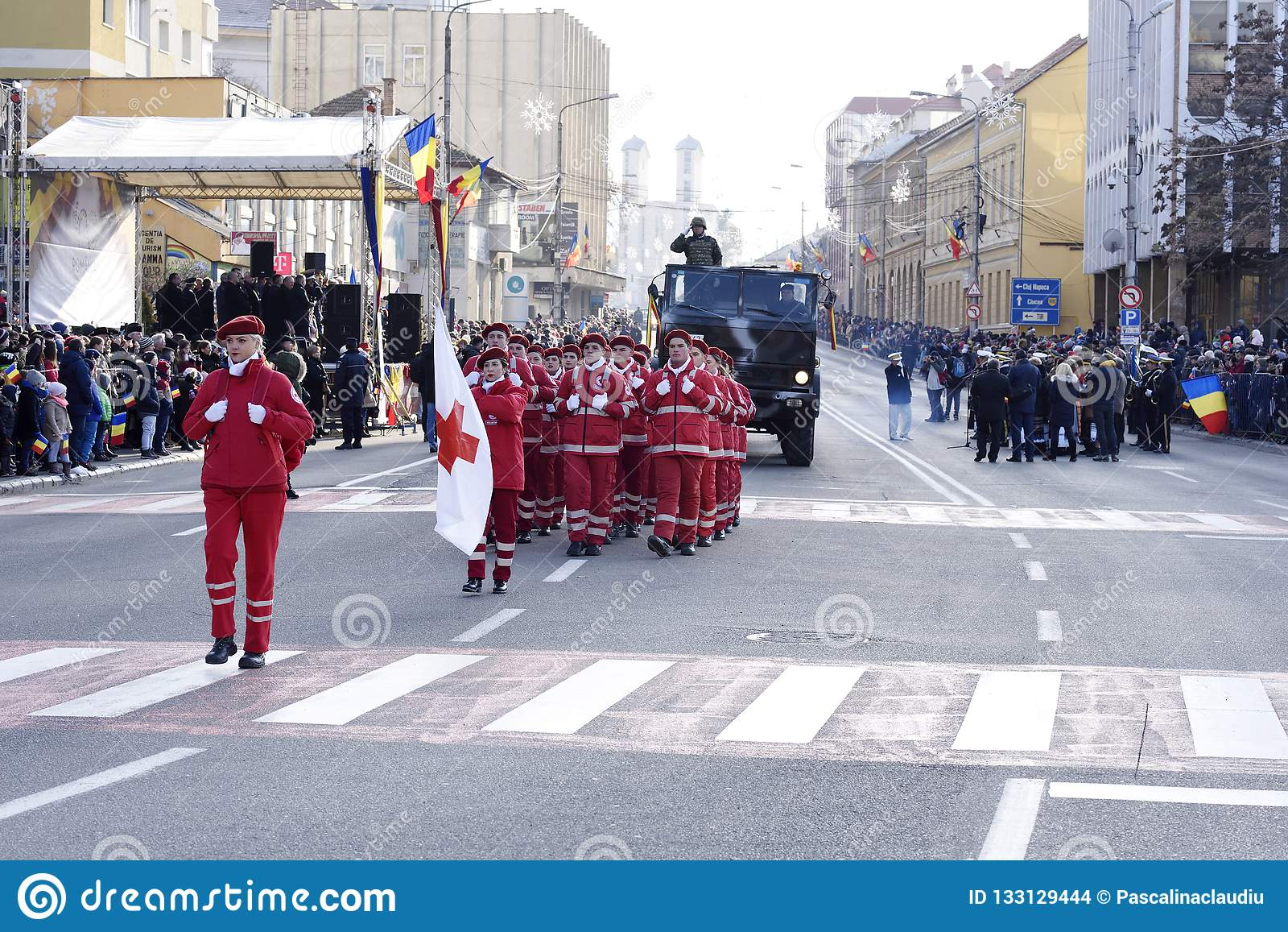 Румынский Красный Крест на параде