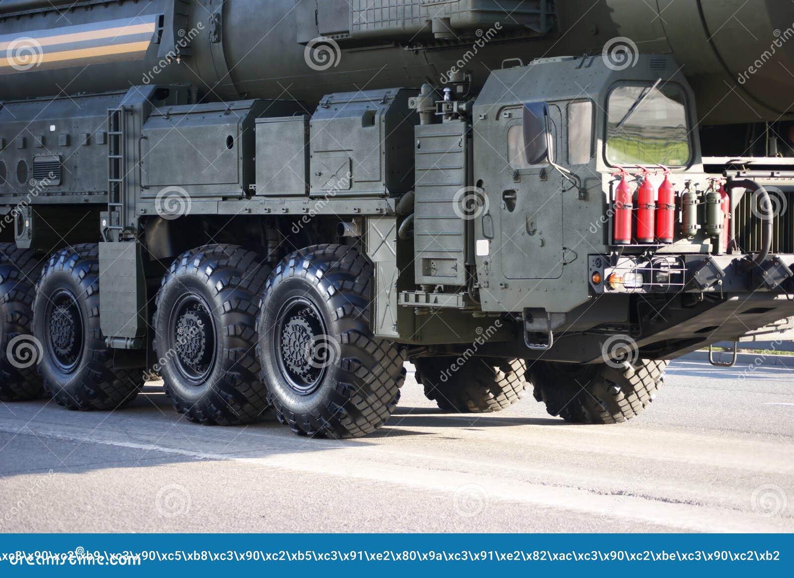 Русская ядерная ракета Topol-M