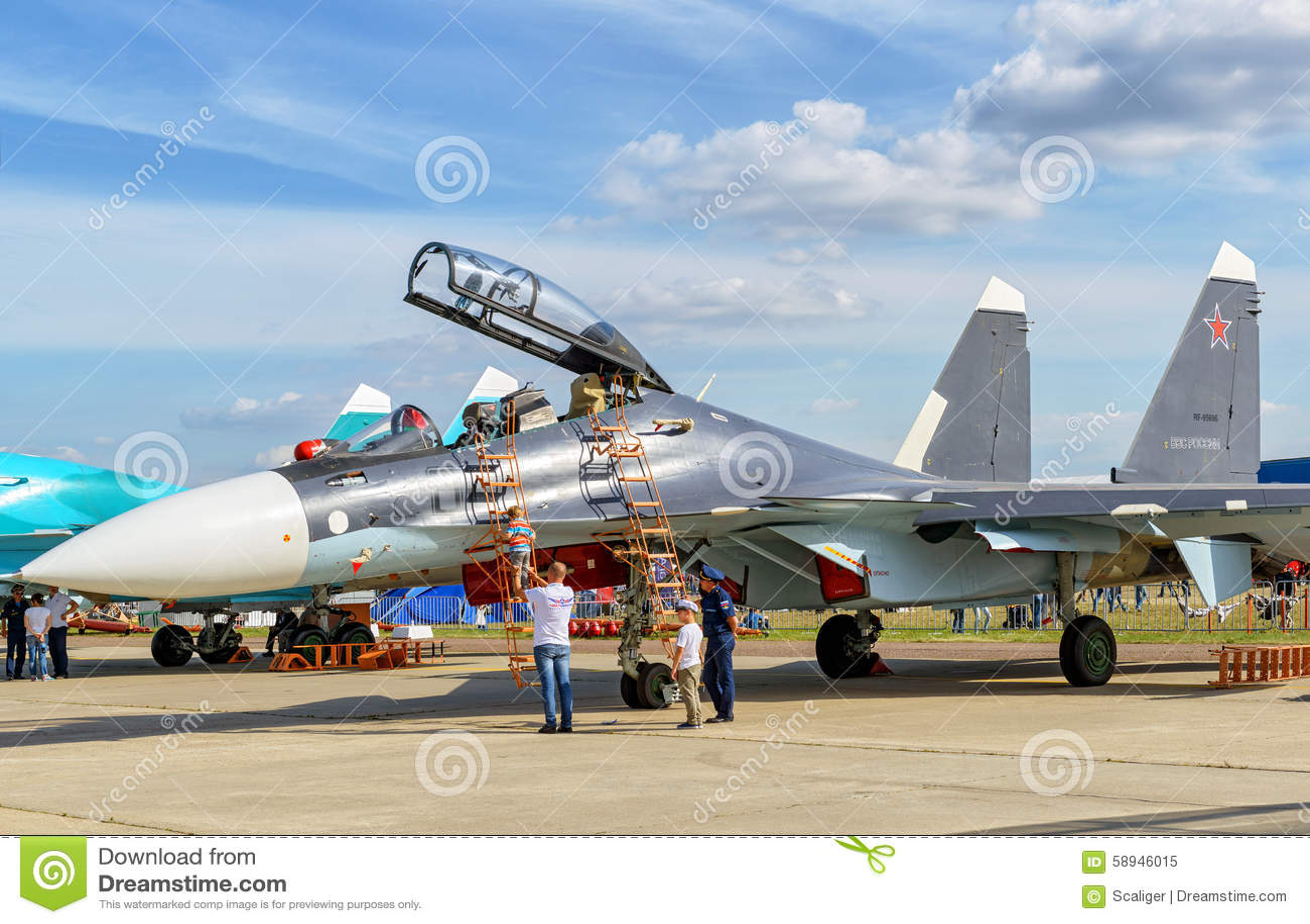 Русский multirole боец Sukhoi Su-30