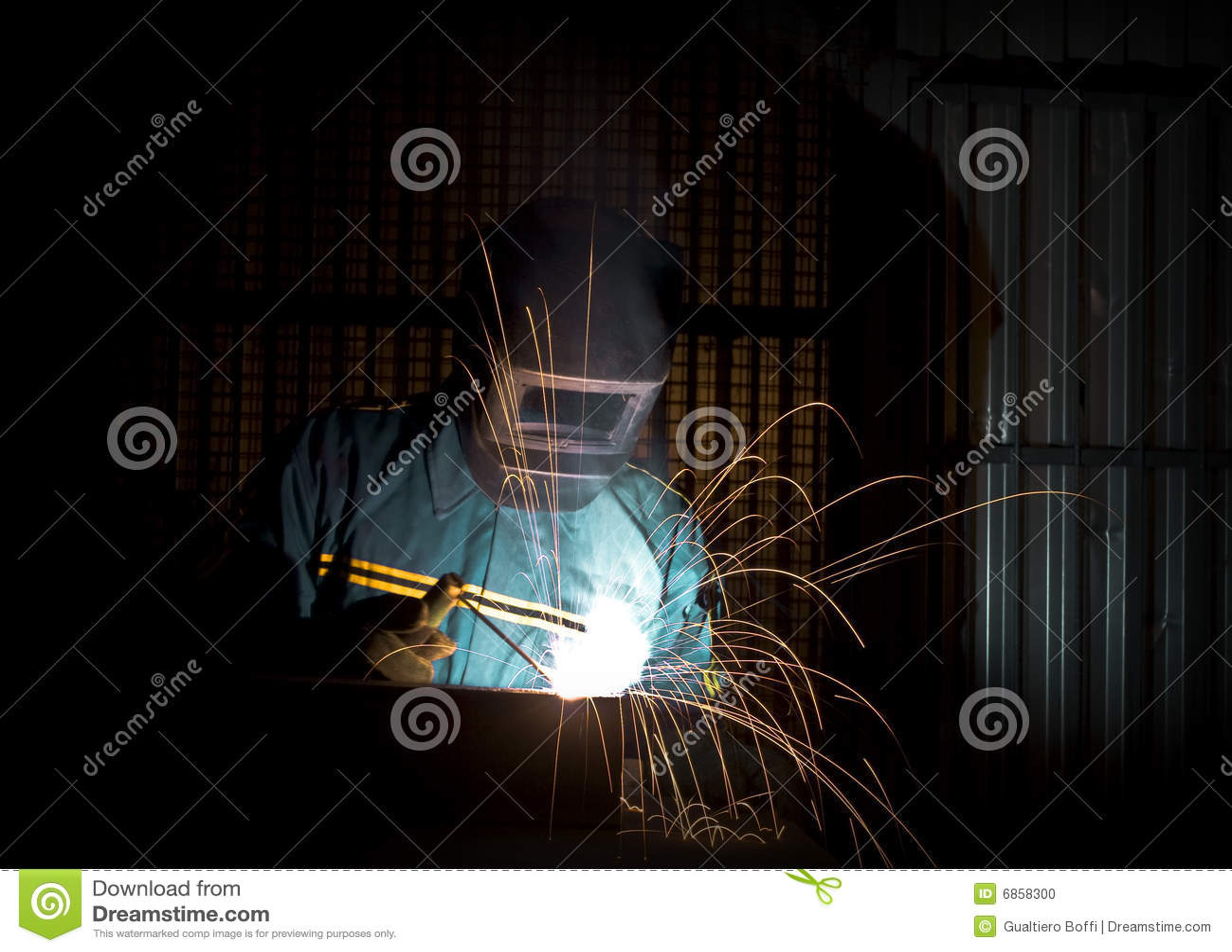 ручной работник welder