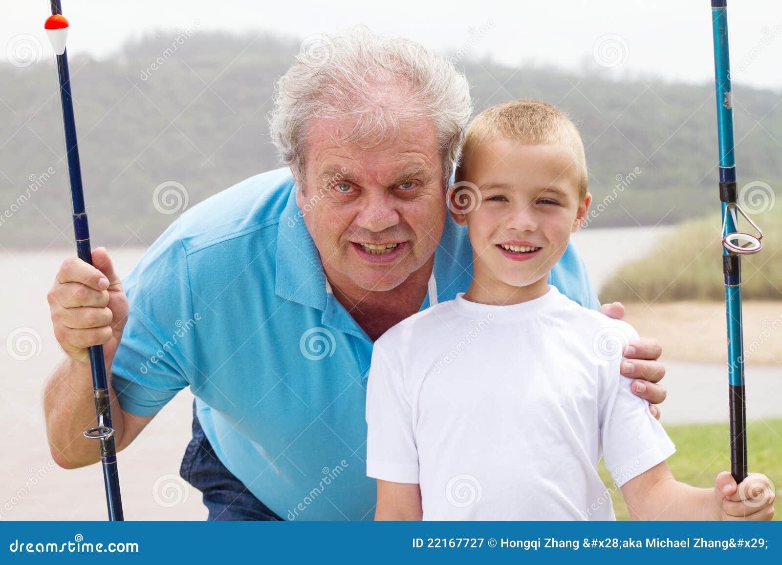 Рыболовство внука деда
