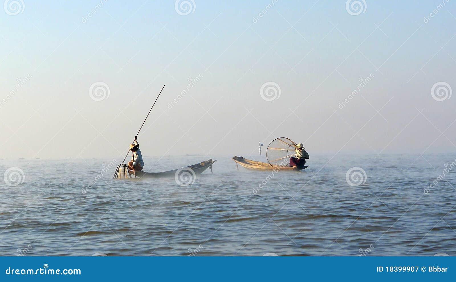 рыболовы myanmar
