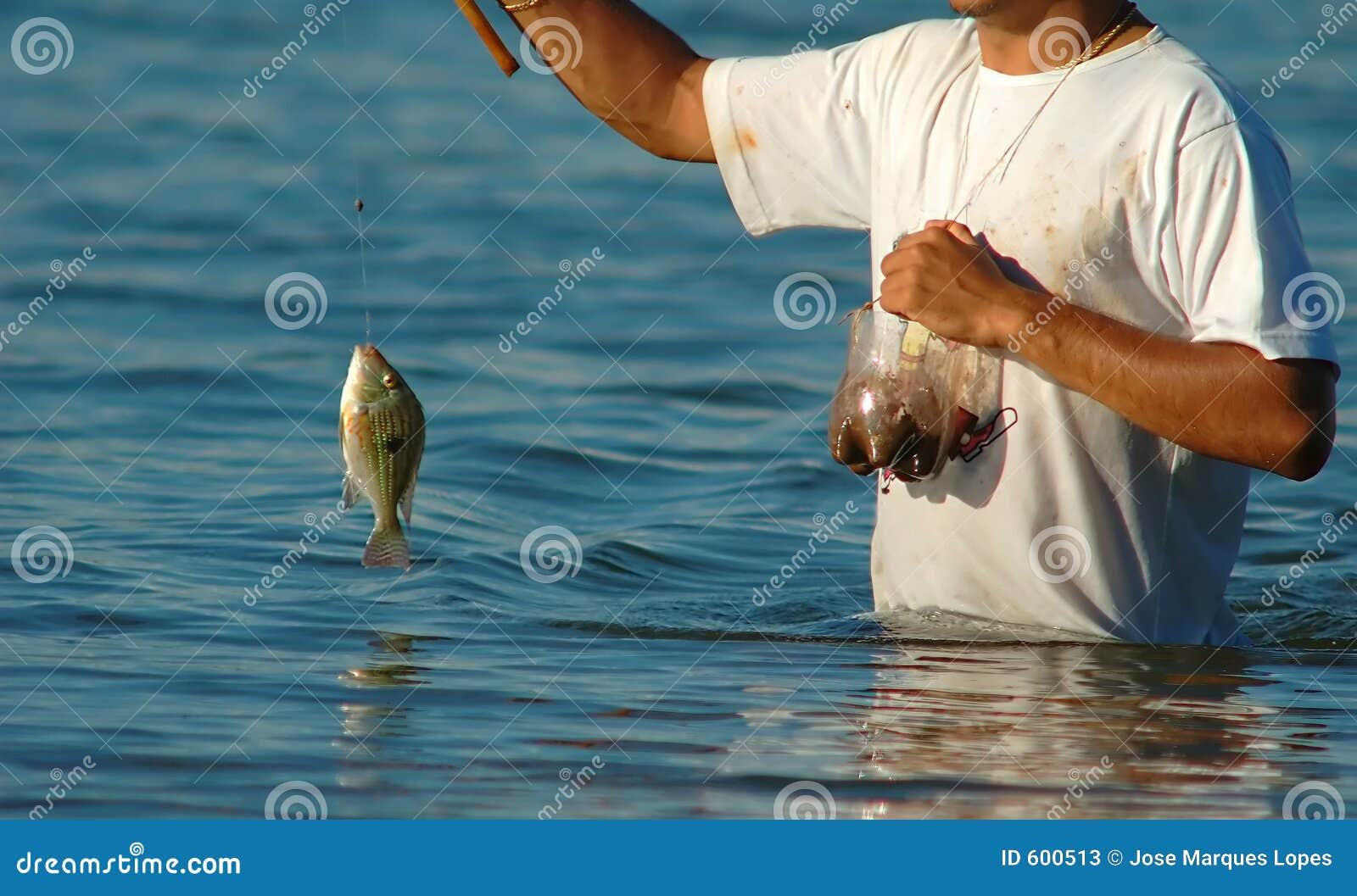 рыболов рыб