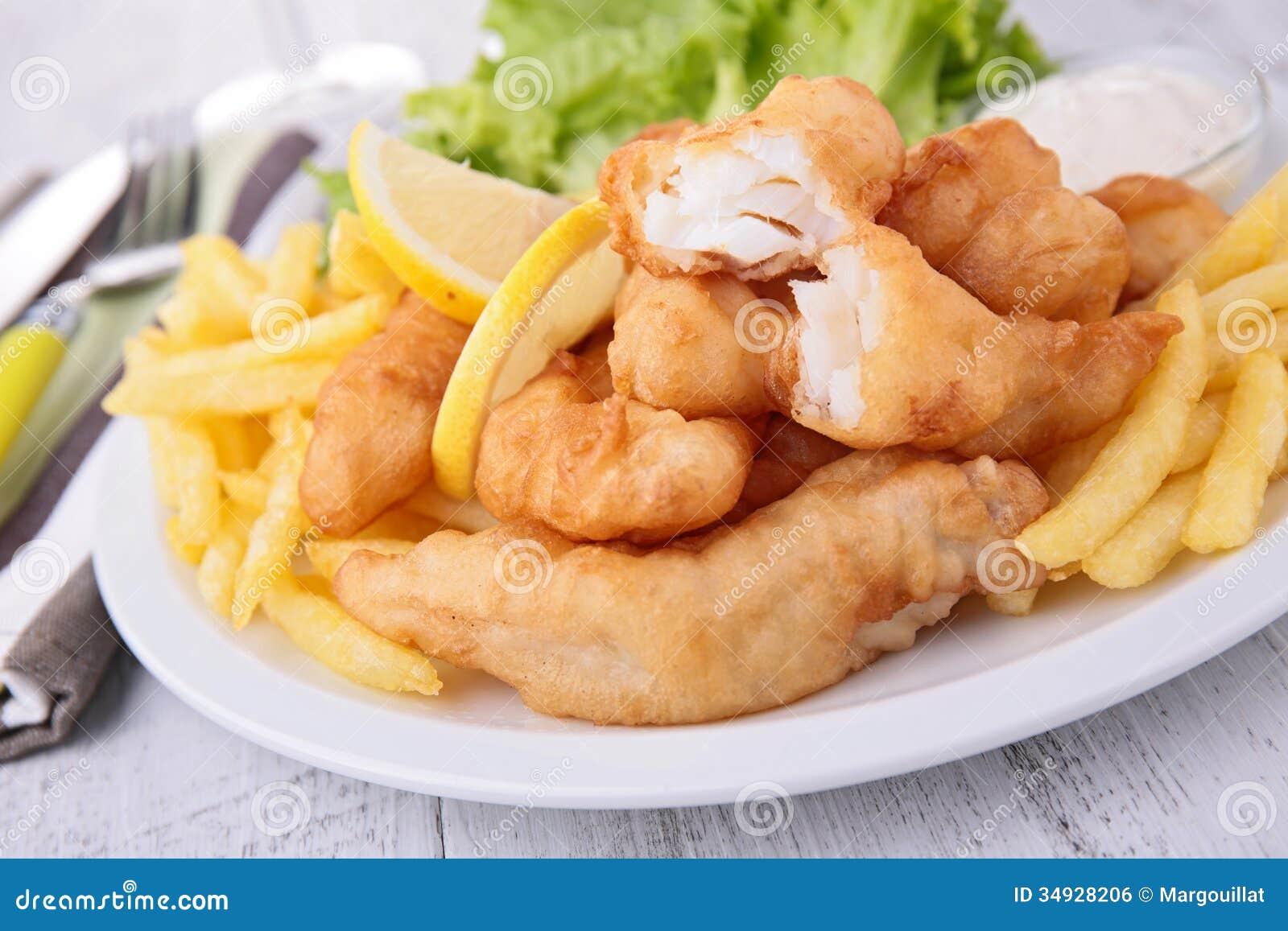 Рыбы и обломоки с салатом