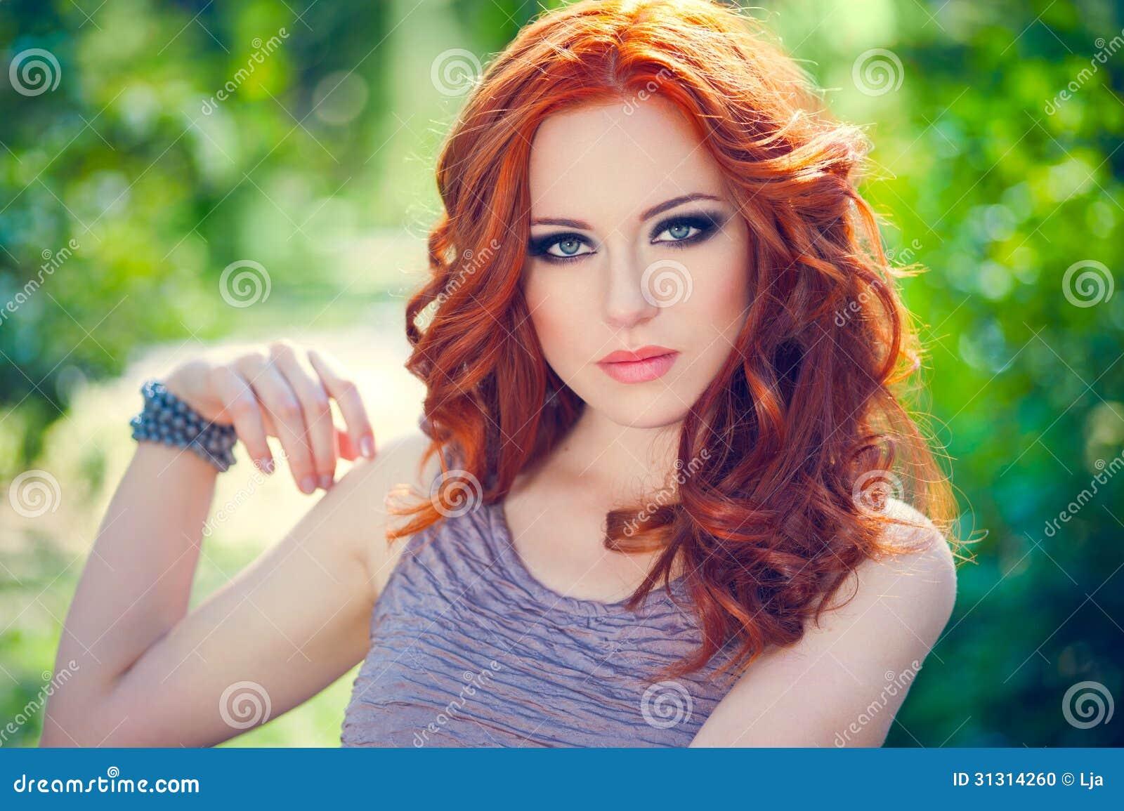 Макияж для рыжей девушки фото