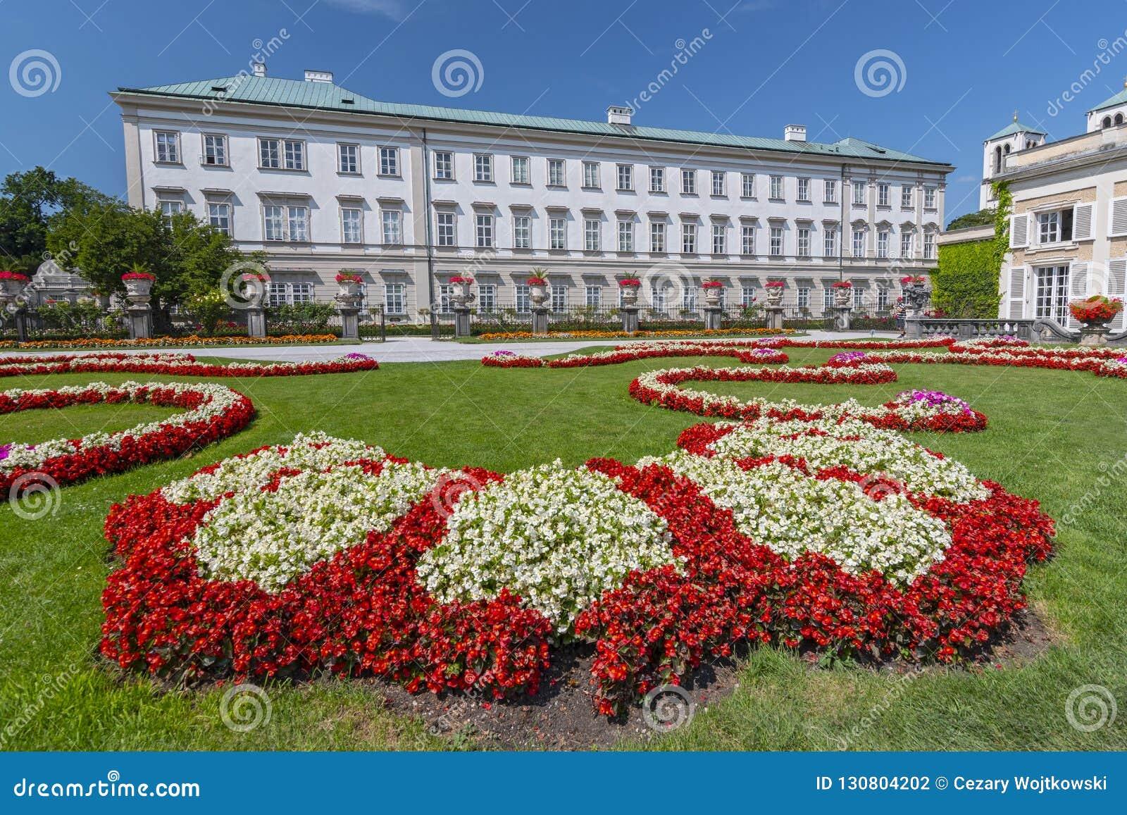 Сады Mirabell и дворец Mirabell, Зальцбург Австрия