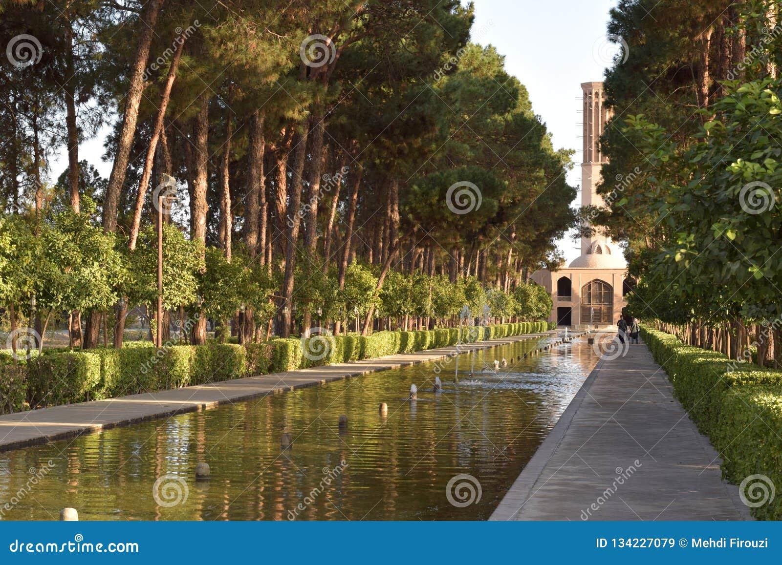 Сад Dowlat Abad в Yazd, Иране