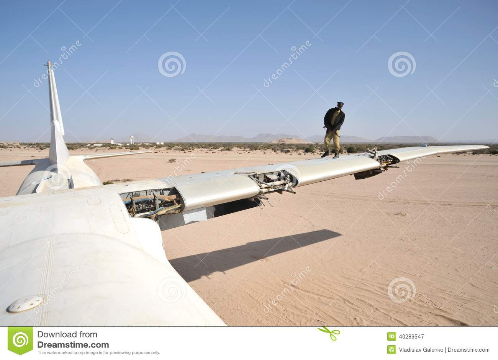 Самолет разбил на авиапорте Berbera