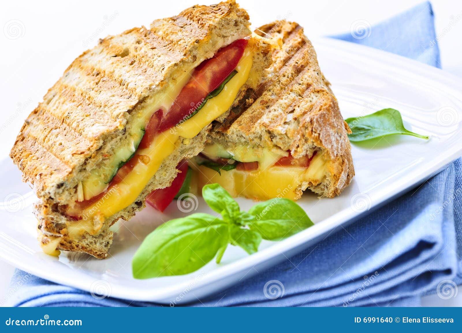 сандвич зажженный сыром