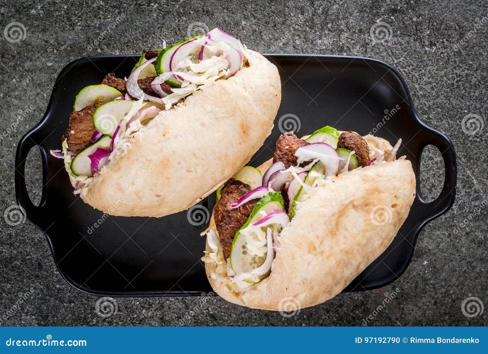 Сандвичи плюшек Bao