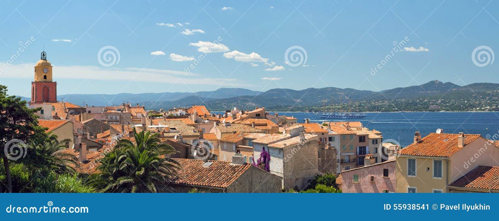Сан Tropez с взгляд сверху
