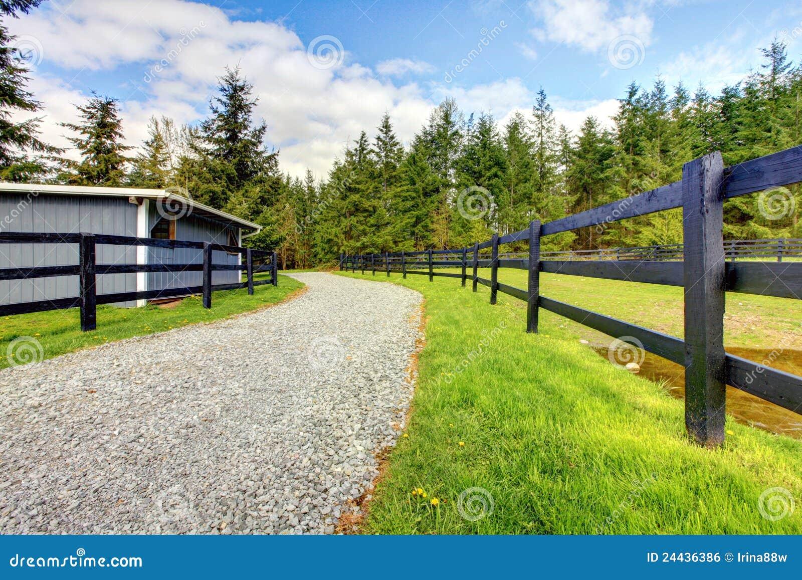 сарай дороги лошади загородки фермы