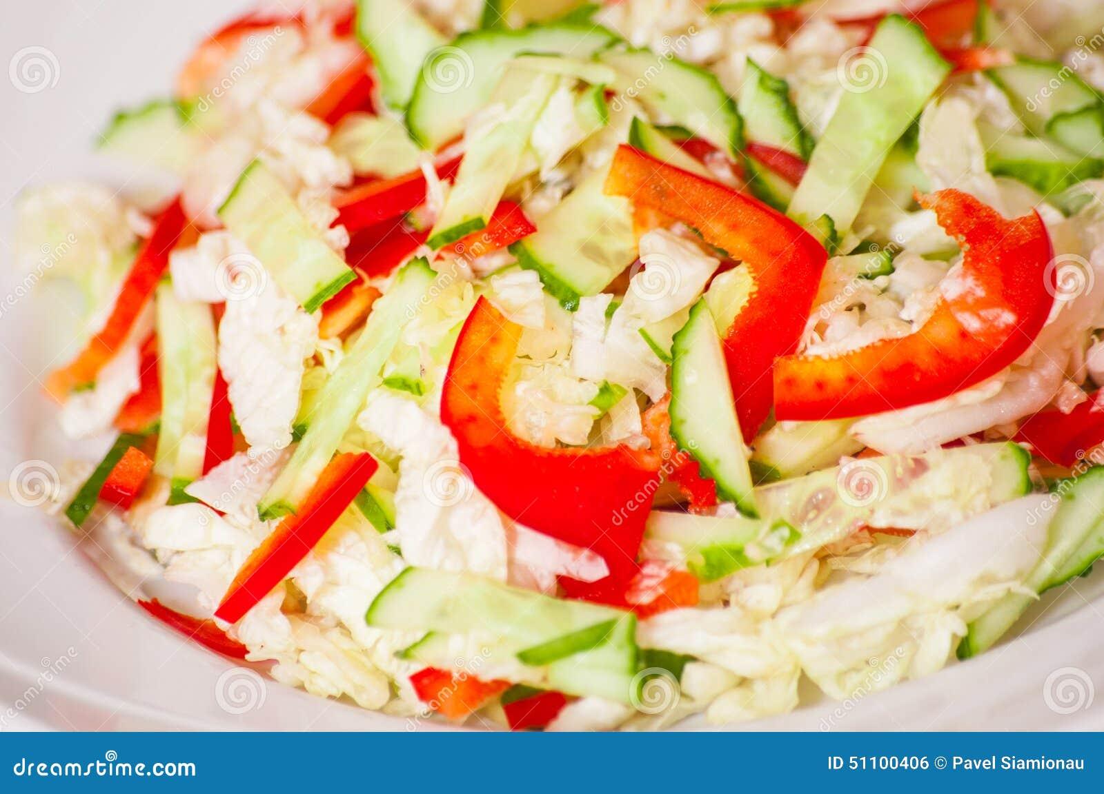 салат диетический из китайской капусты