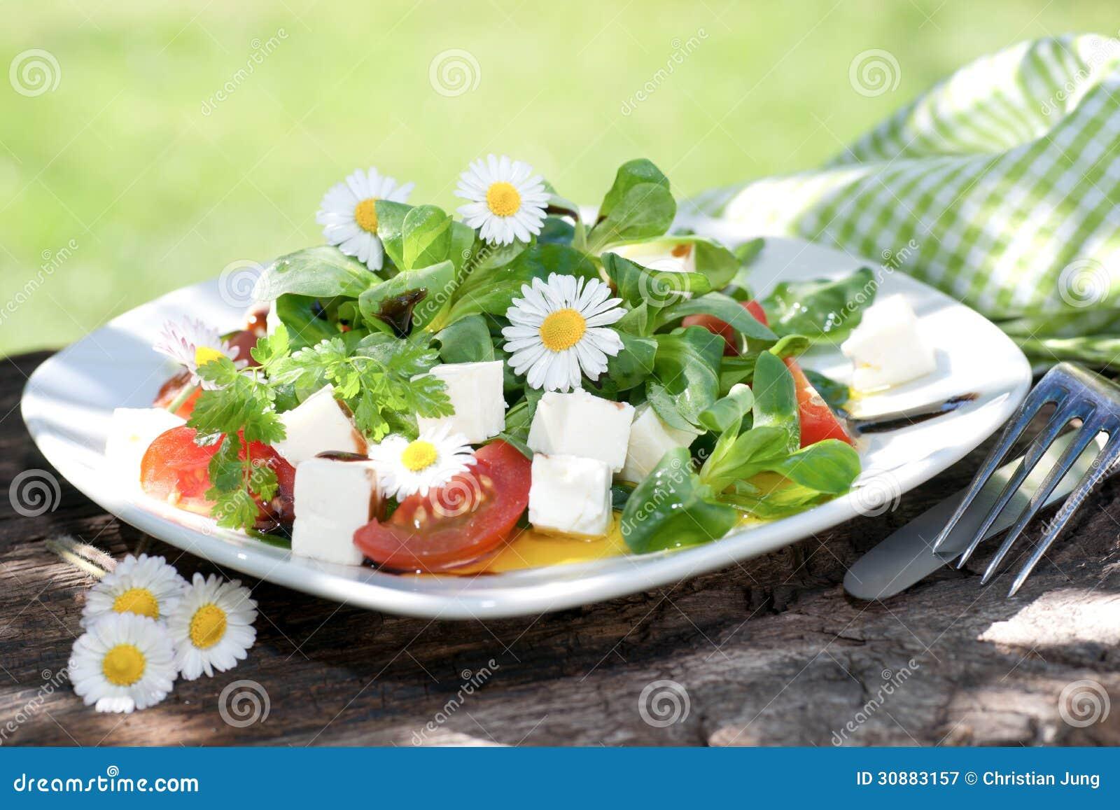 Салат мозоли с сыром