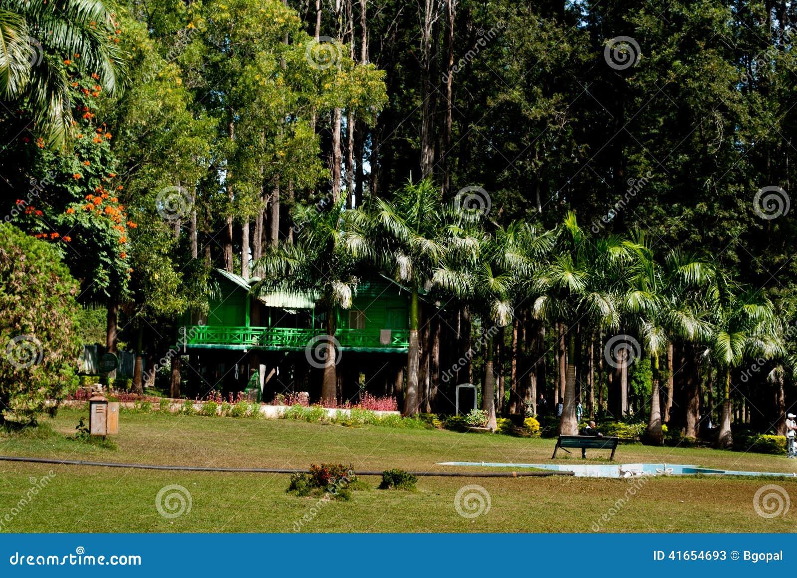 Сады Padmapuram