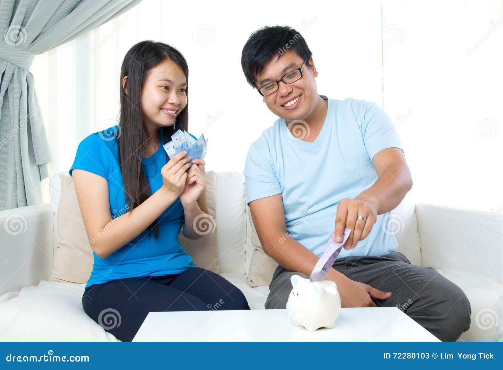 Download сбережениа дег принципиальной схемы чалькулятора кредиток черные Стоковое Изображение - изображение насчитывающей учета, свинья: 72280103