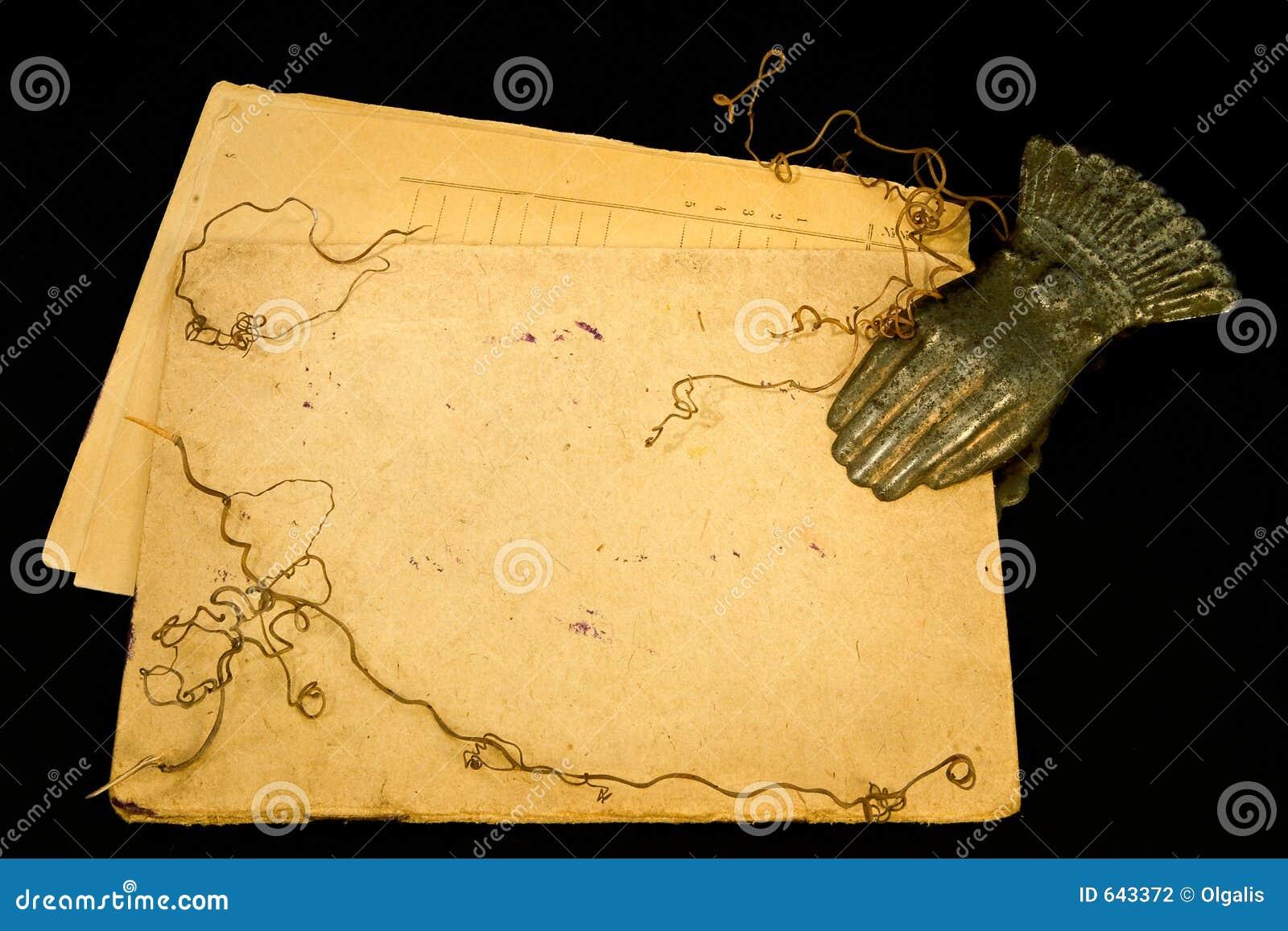 Download сбор винограда Clothespin бумажный Стоковое Фото - изображение насчитывающей агенства, изображения: 643372