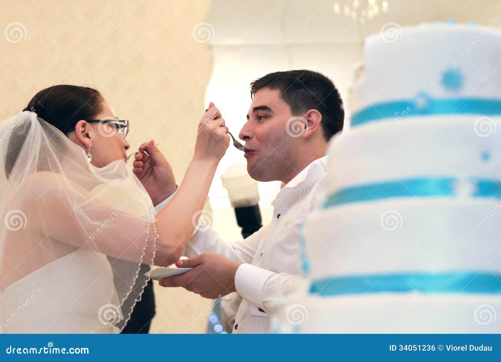 Свадебный пирог