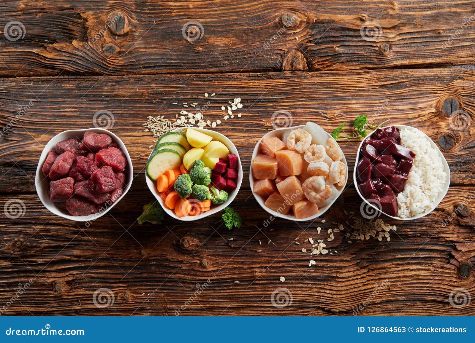 Свежие ингридиенты для здоровой животной диеты