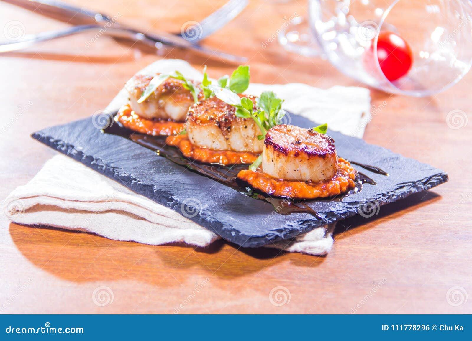 Свежие и вкусные блюда из морепродуктов