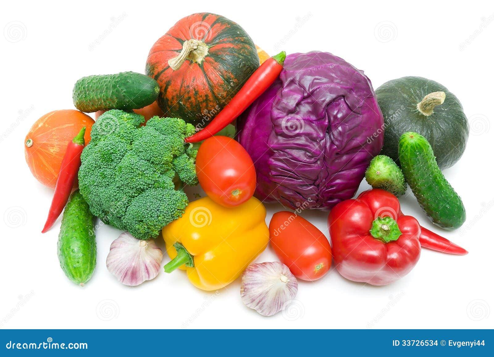 Свежие овощи на белой предпосылке. взгляд сверху