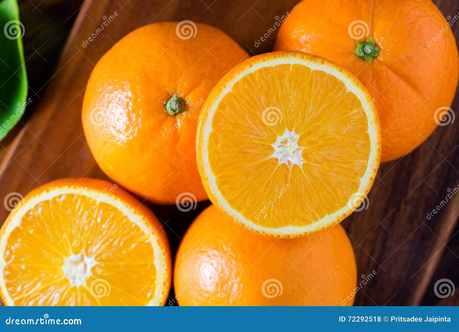 Download Свежие органические плодоовощи апельсинов Стоковое Фото - изображение насчитывающей сочно, померанцы: 72292518