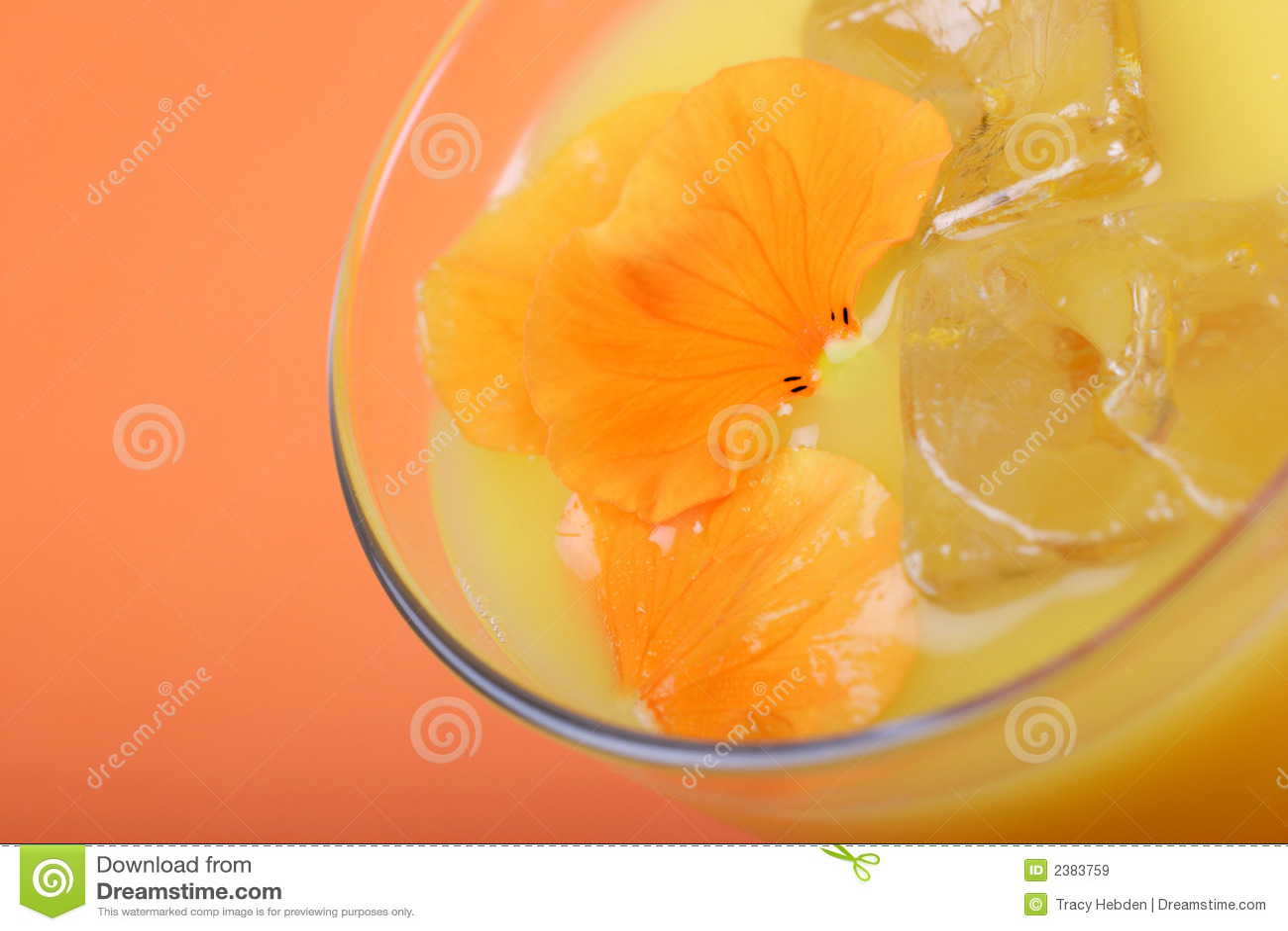 свежий помеец сока