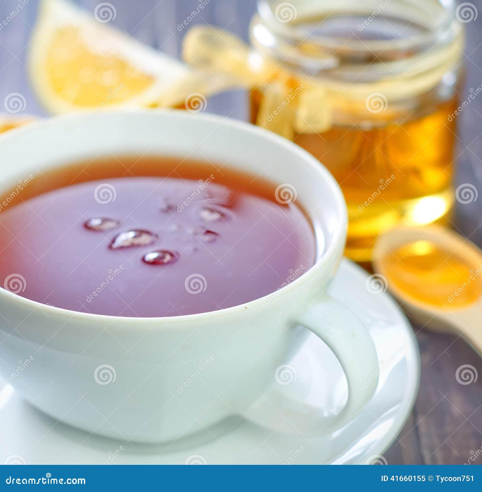 Свежий чай с медом