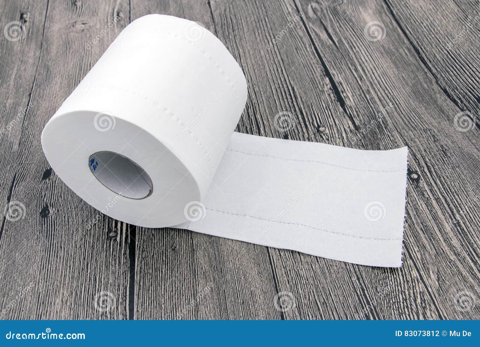 Свернутая туалетная бумага