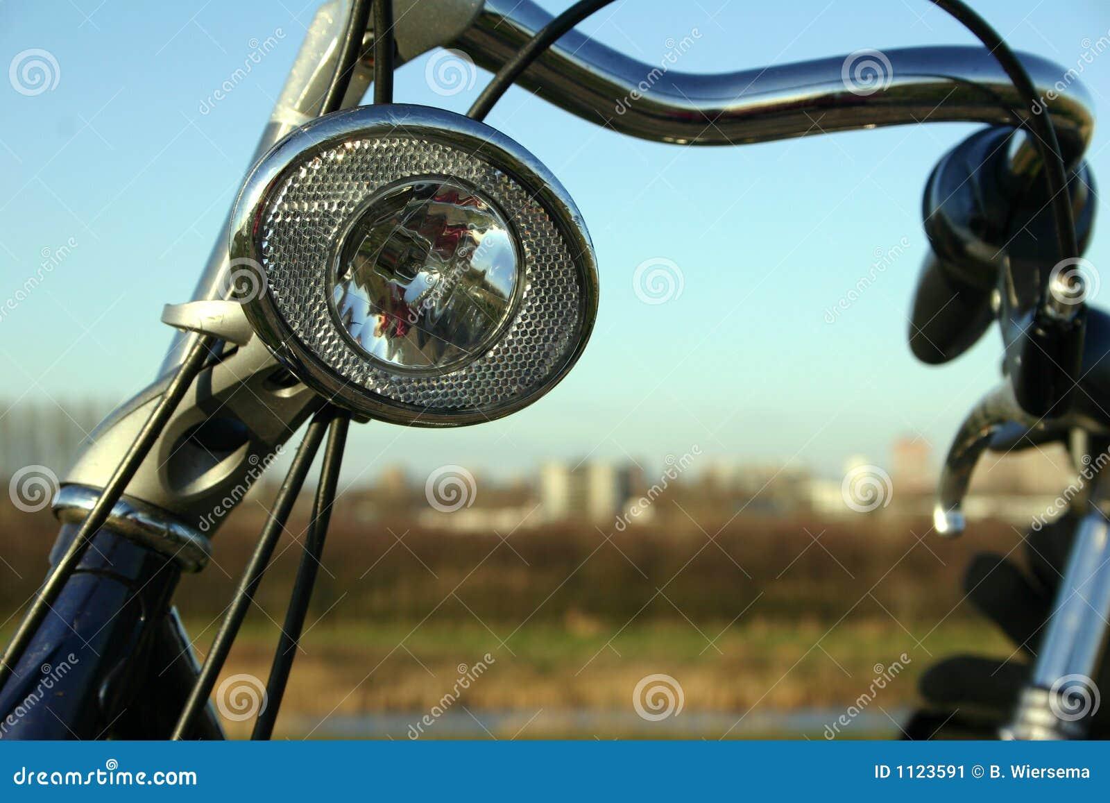 светильник велосипеда